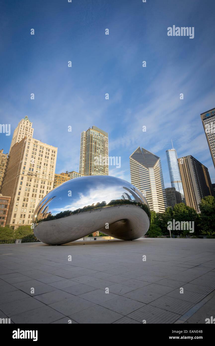 'El Frijol' Cloud Gate, de arte al aire libre de Chicago, EE.UU. Imagen De Stock