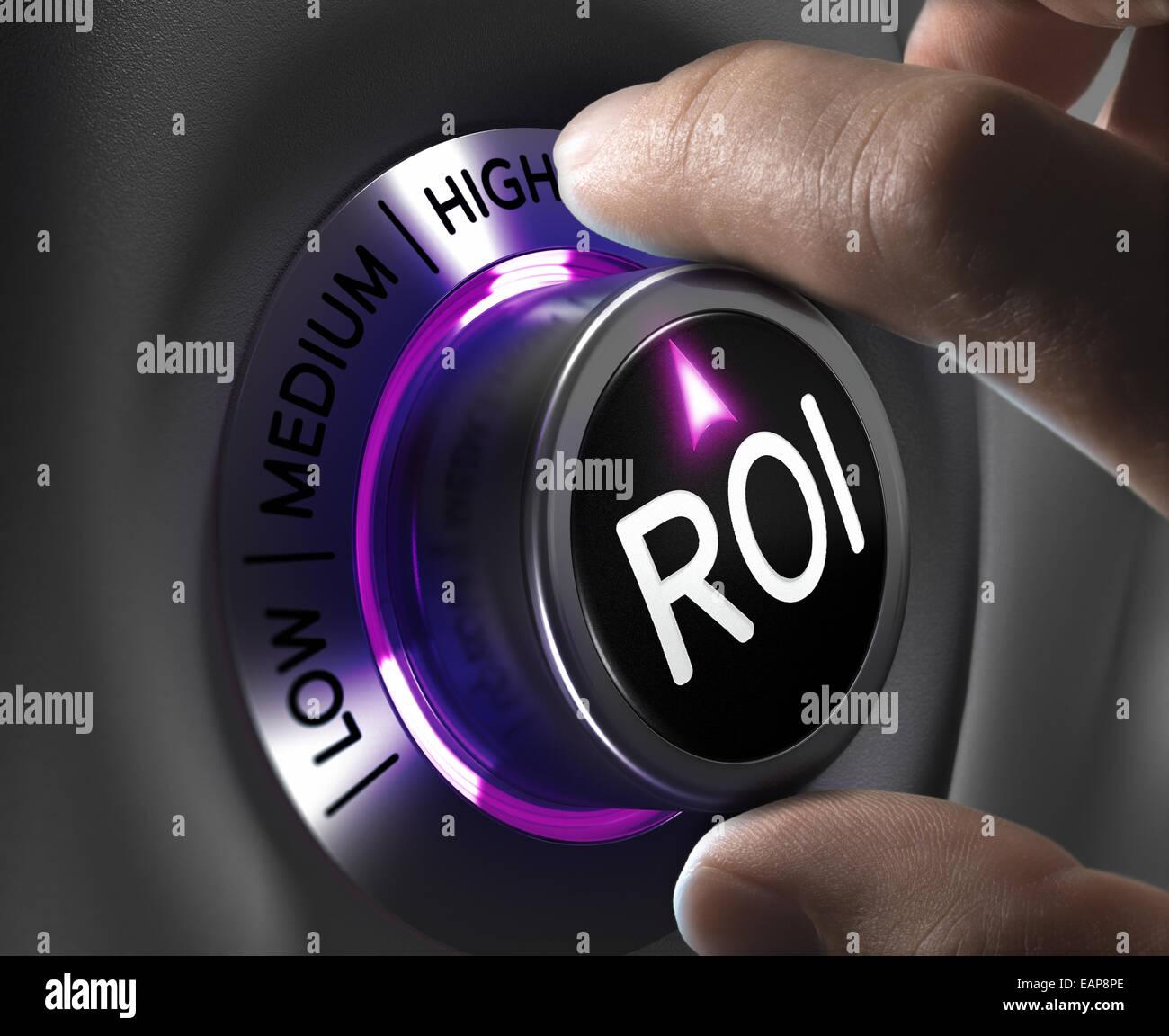 Retorno de la Inversión, el concepto de ROI, dos dedos girando el botón en la posición más alta. Imagen De Stock