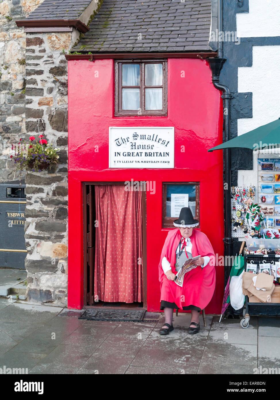 Welsh Dress Imágenes De Stock & Welsh Dress Fotos De Stock - Alamy