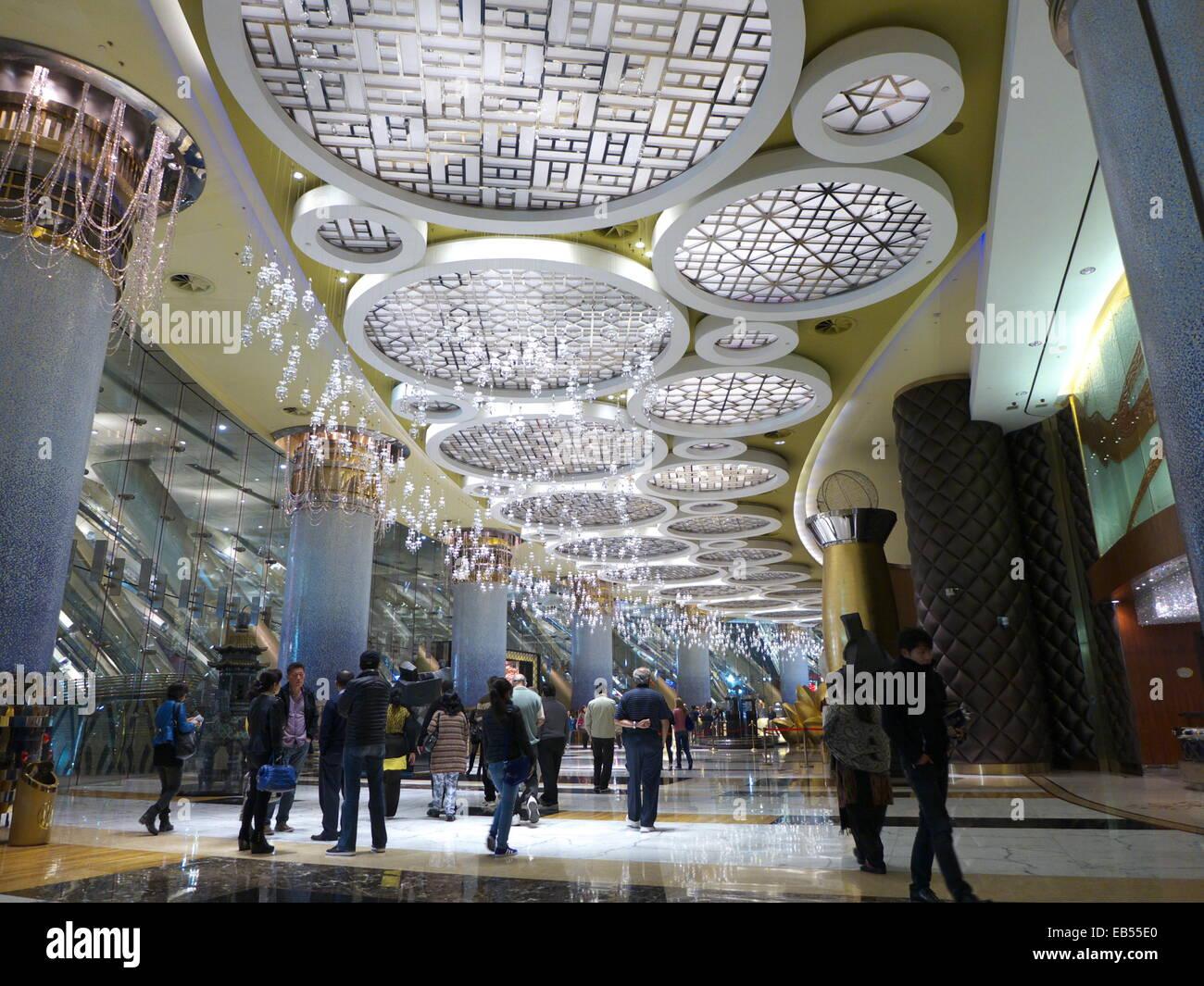 China Casino de Macau Grand Lisboa Hotel lobby Imagen De Stock
