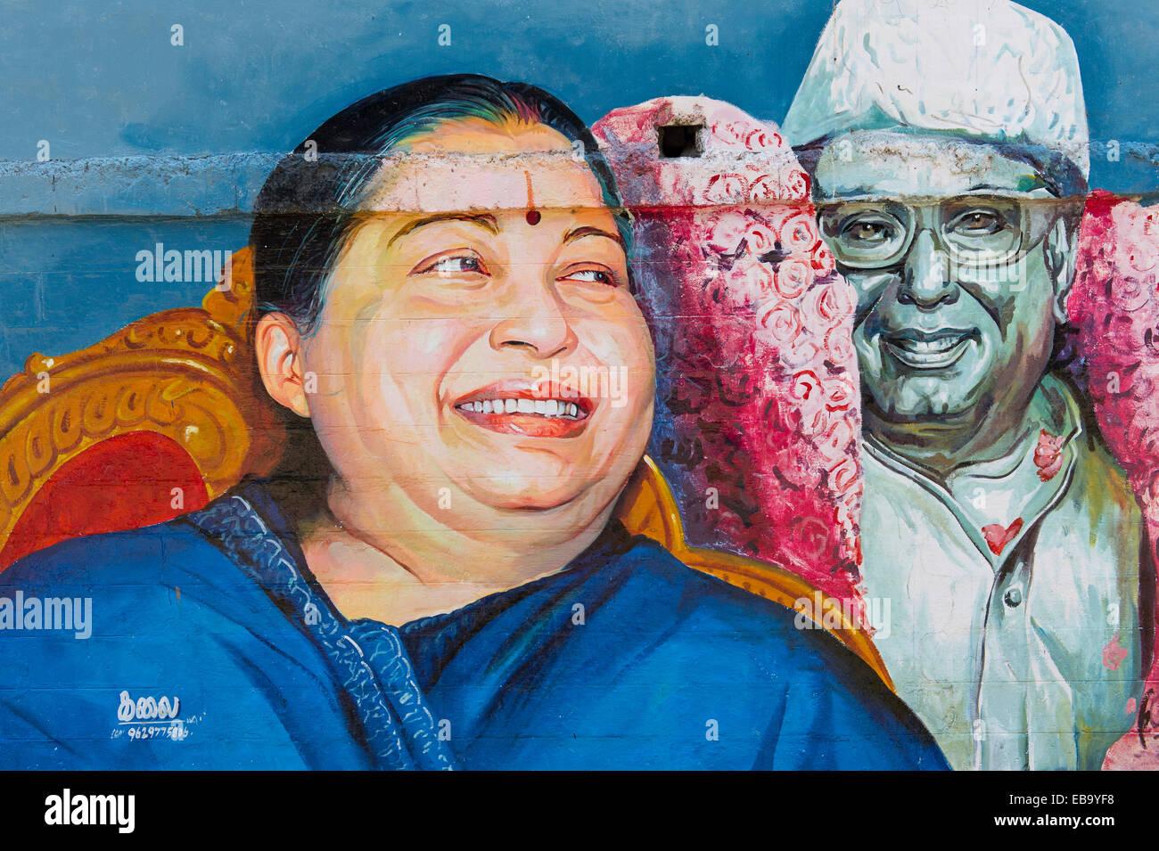 Pintura mural representando la actriz Tamil y político Jayalalithaa Jayaram, Madurai, Tamil Nadu, India Imagen De Stock