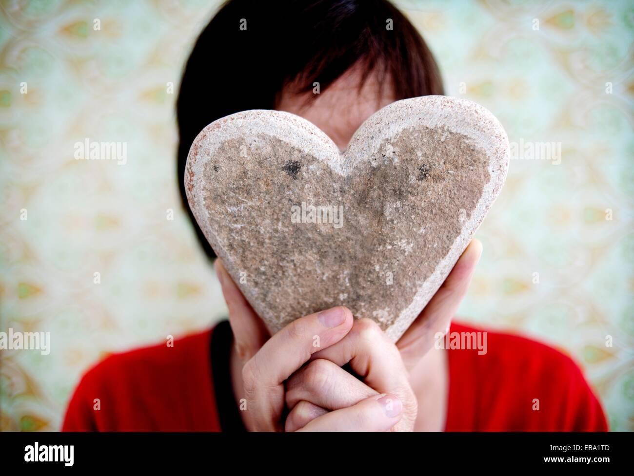 35-40 40-45 45-50 50-55 alegre Amor pelo castaño Cabeza Cara casual color alegre imagen comunicación con Imagen De Stock