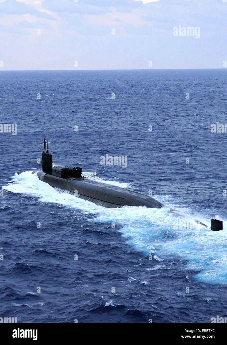 Océano Pacífico (Nov. 19, 2008) El submarino de misiles guiados USS Ohio (SSGN 726) está en marcha Imagen De Stock