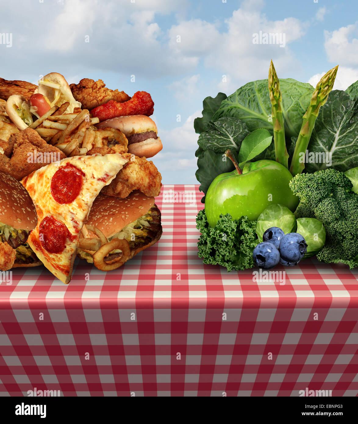 Concepto de vida sana y dieta símbolo decisión o elección de alimentos saludables dilema entre buena Imagen De Stock