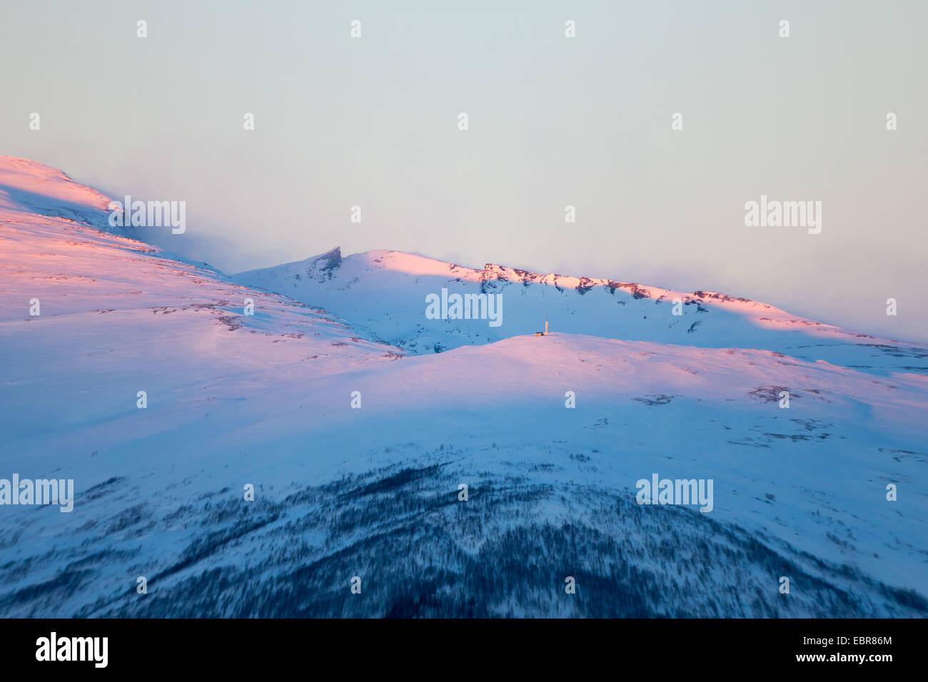 El viento en el monte de Lille Blamannen, Noruega Troms, Tromsoe Imagen De Stock