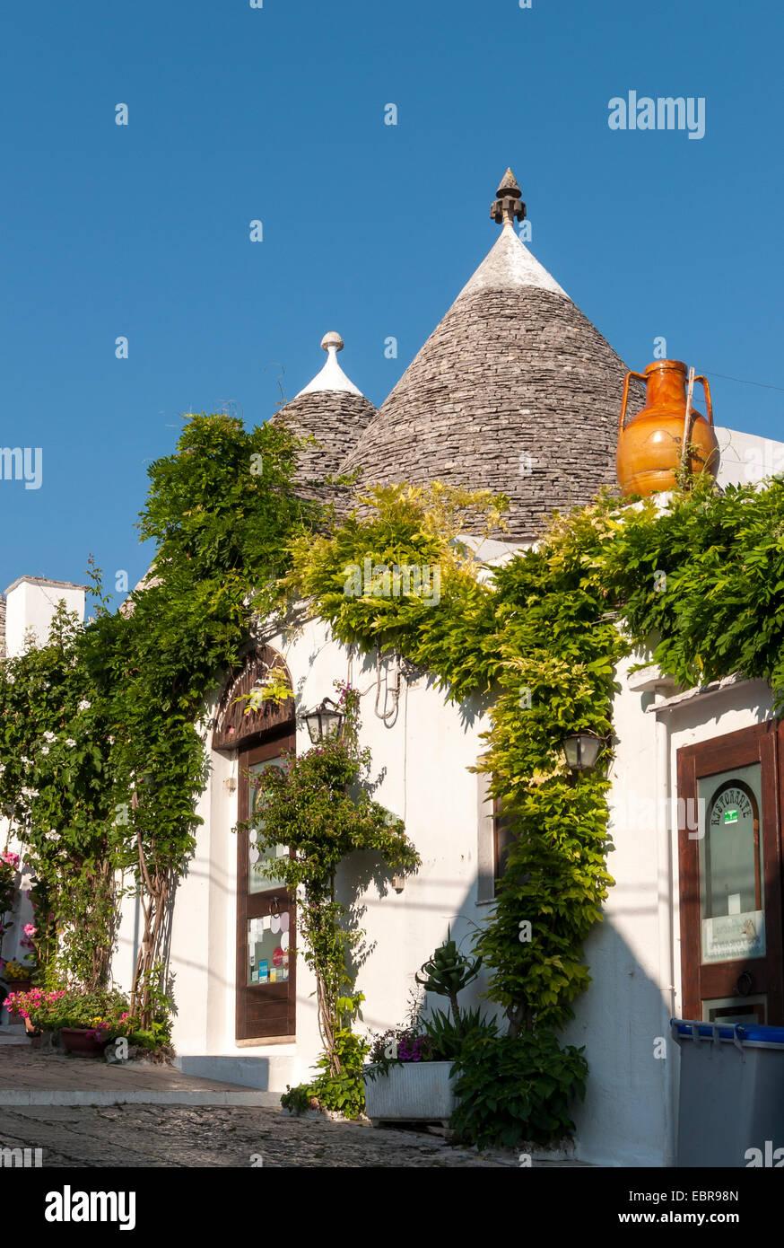 Trullo House, Alberobello Trulli District, Puglia, Italia Imagen De Stock
