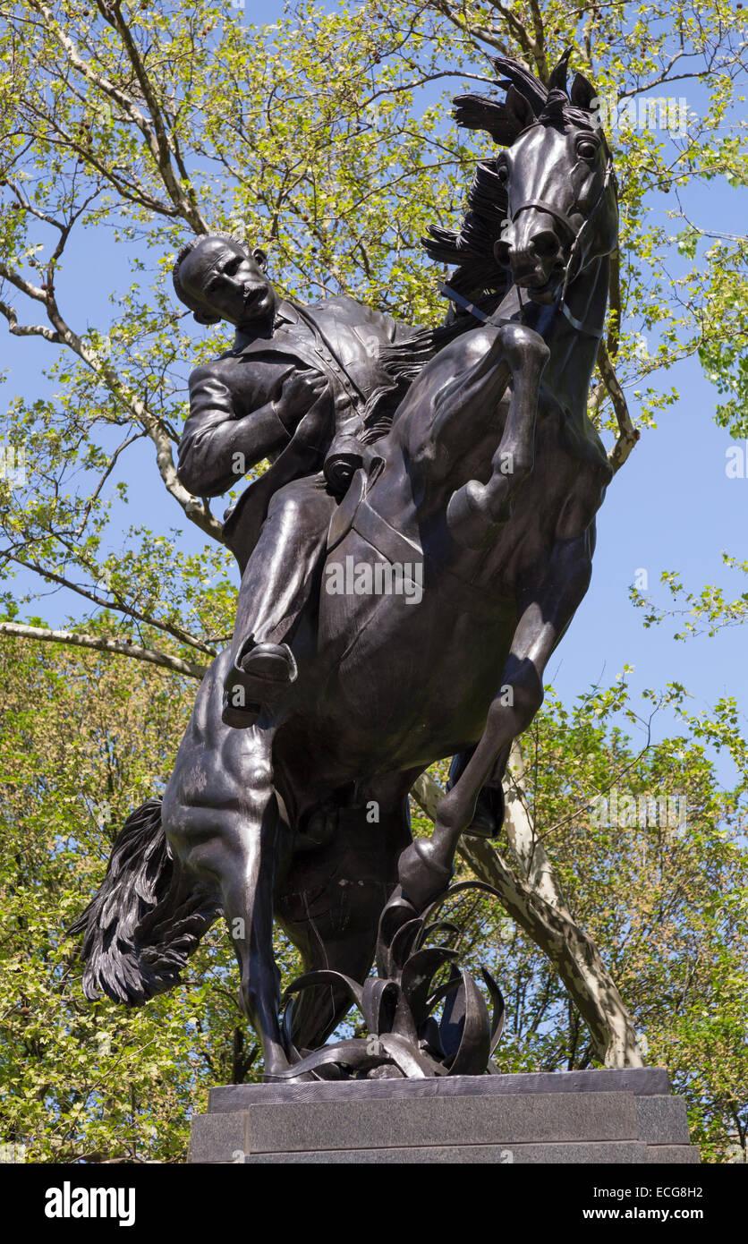 Estatua De José Julián Martí En Central Park New York City Fotografía De Stock Alamy