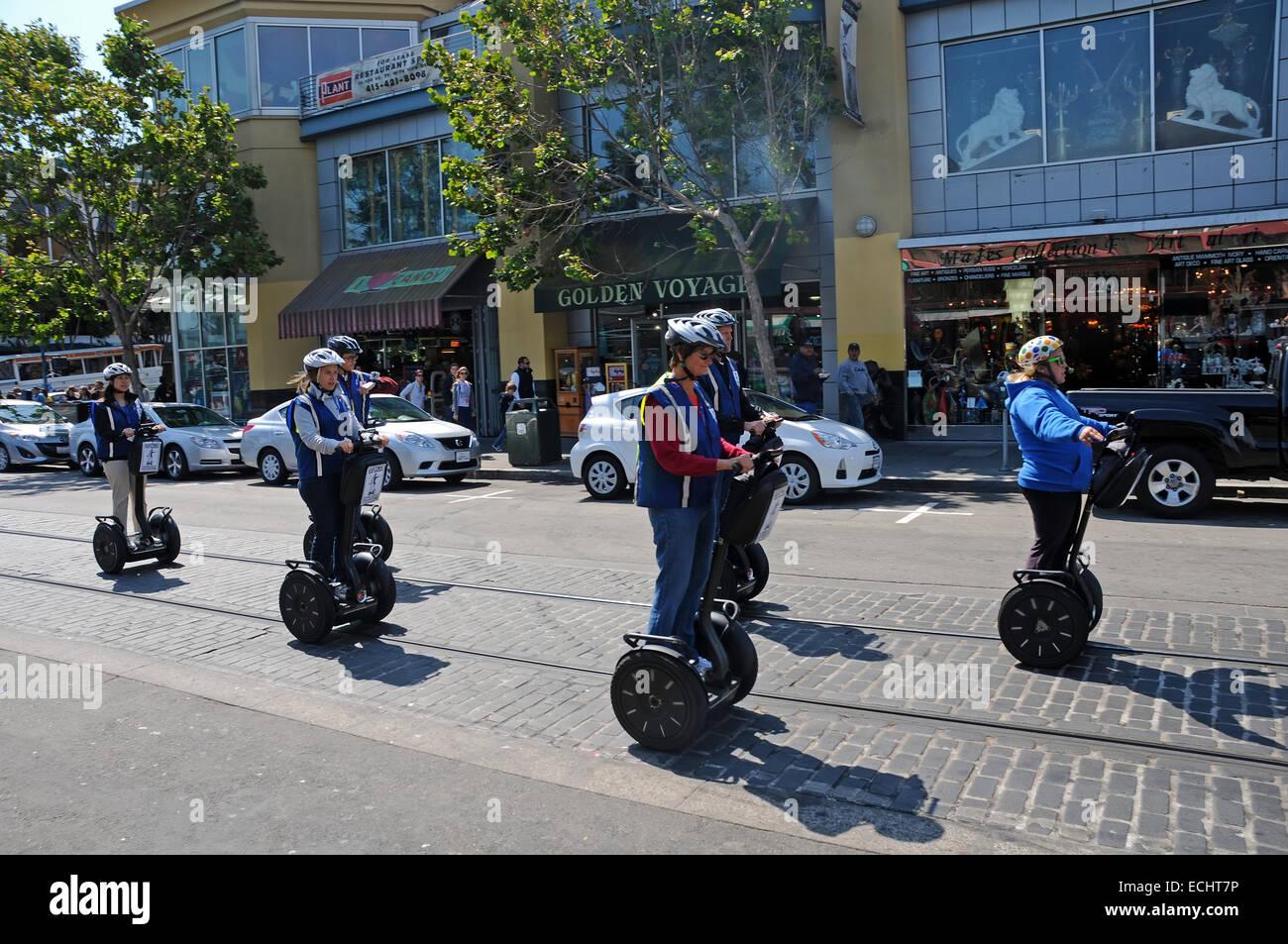 Viaje Segway por las calles de San Francisco, California. Imagen De Stock