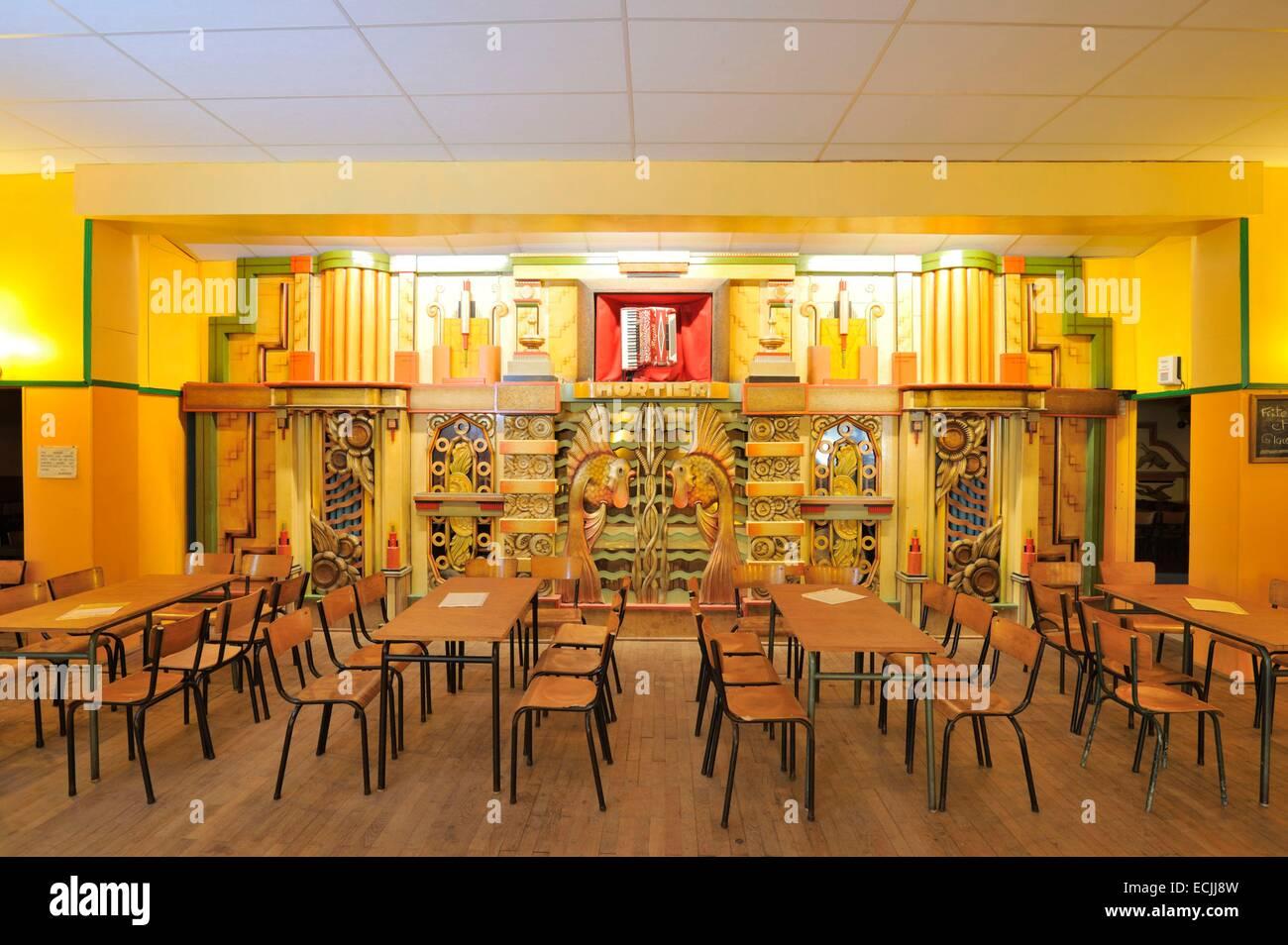 Francia, Nord, Herzeele, Cafe des Orgues, Mortier organ Imagen De Stock
