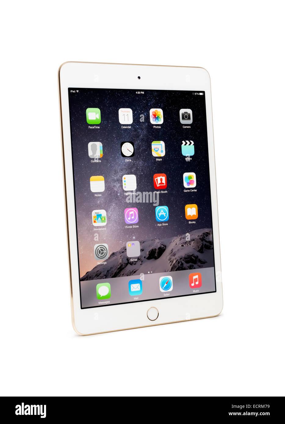 Oro Blanco Apple iPad tablet Mini 3 con trazado de recorte aislado sobre fondo blanco. Imagen De Stock