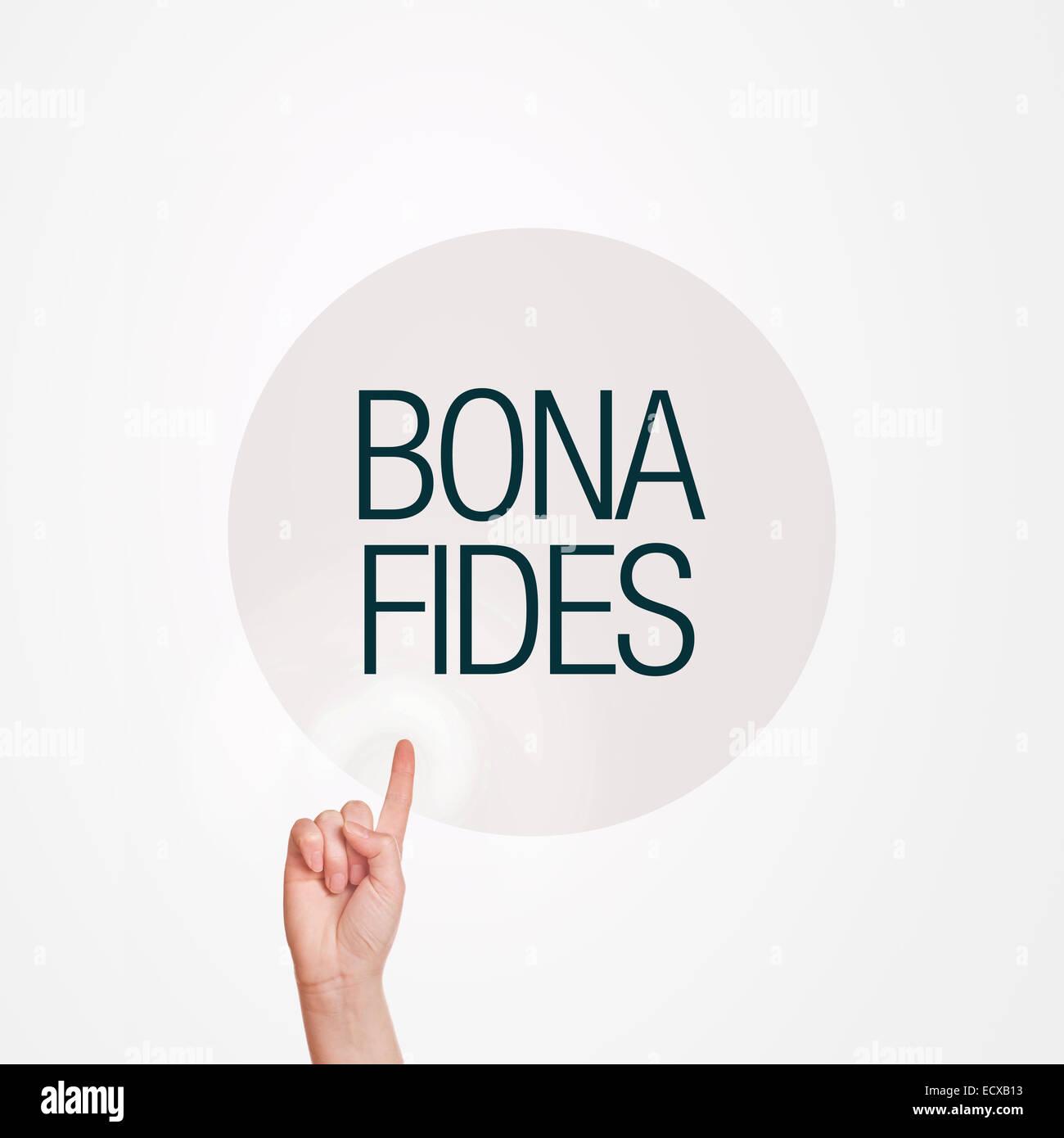 Mujeres caucásicas mano pulsando el botón círculo con bona fides título Imagen De Stock