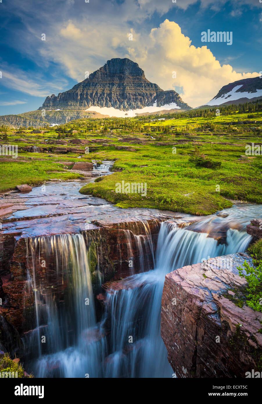 Logan Pass en el Parque Nacional de Los Glaciares, situado en el estado de Montana en EE.UU. Imagen De Stock