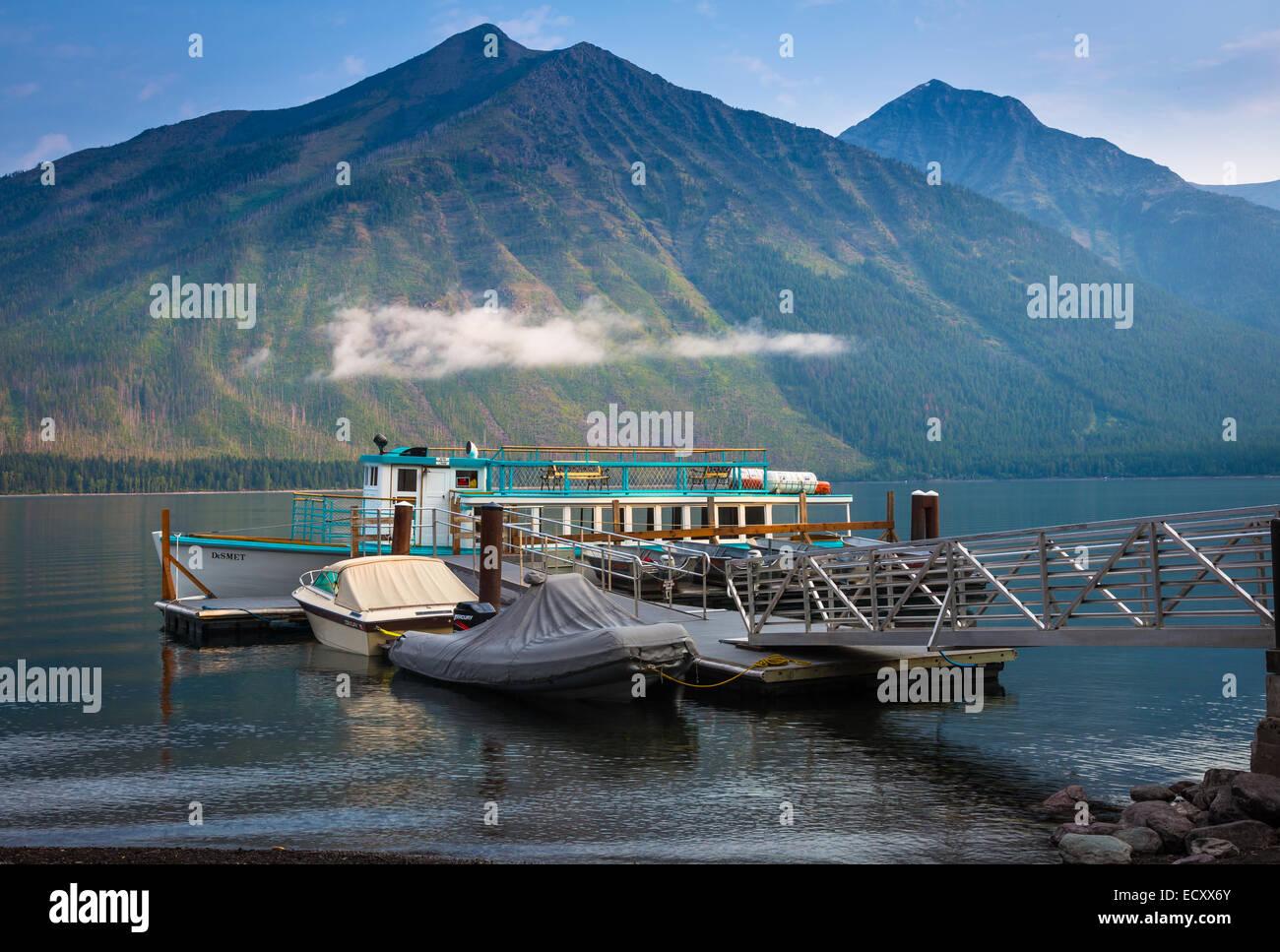 Lago McDonald es el lago más grande en el parque nacional de Glacier, Montana Imagen De Stock