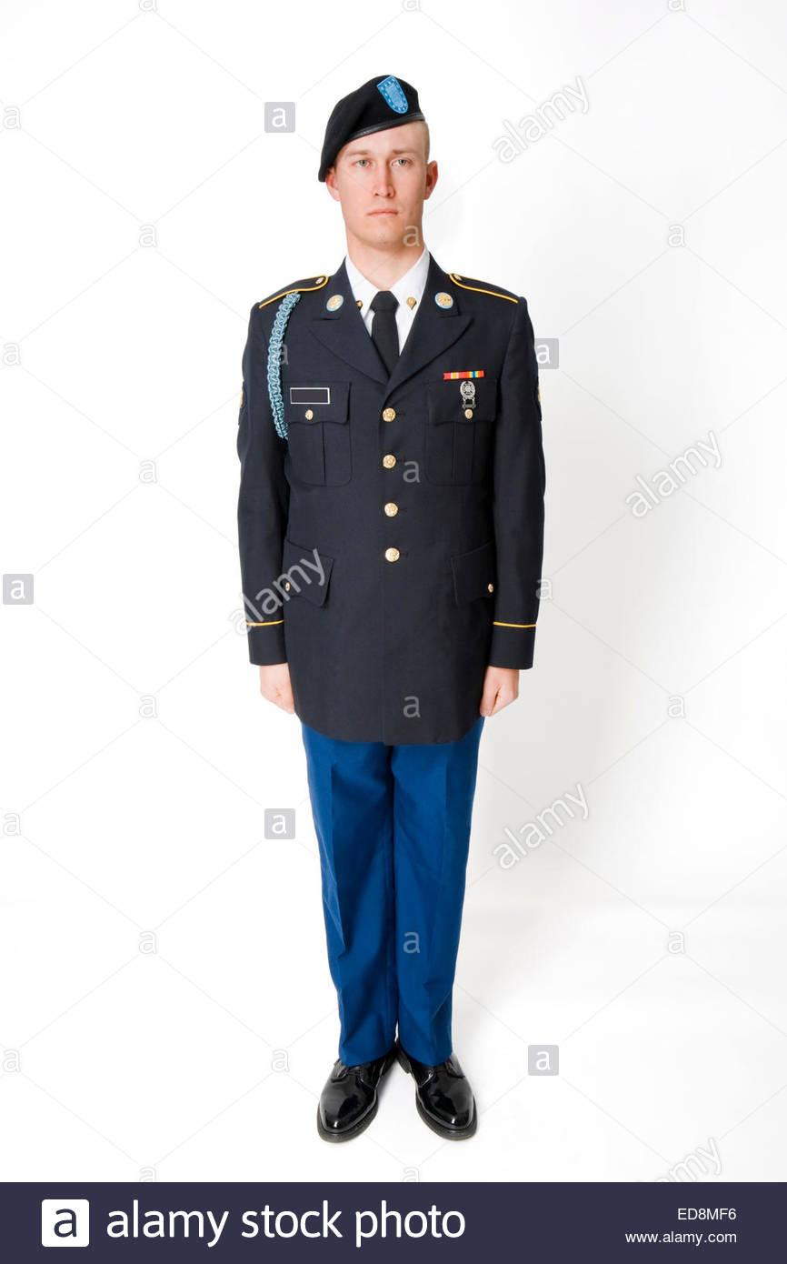 Joven vistiendo el uniforme de vestir de Infantería del Ejército de EE.UU. Ver imagen EDMF, EDMF EDMF984, Imagen De Stock
