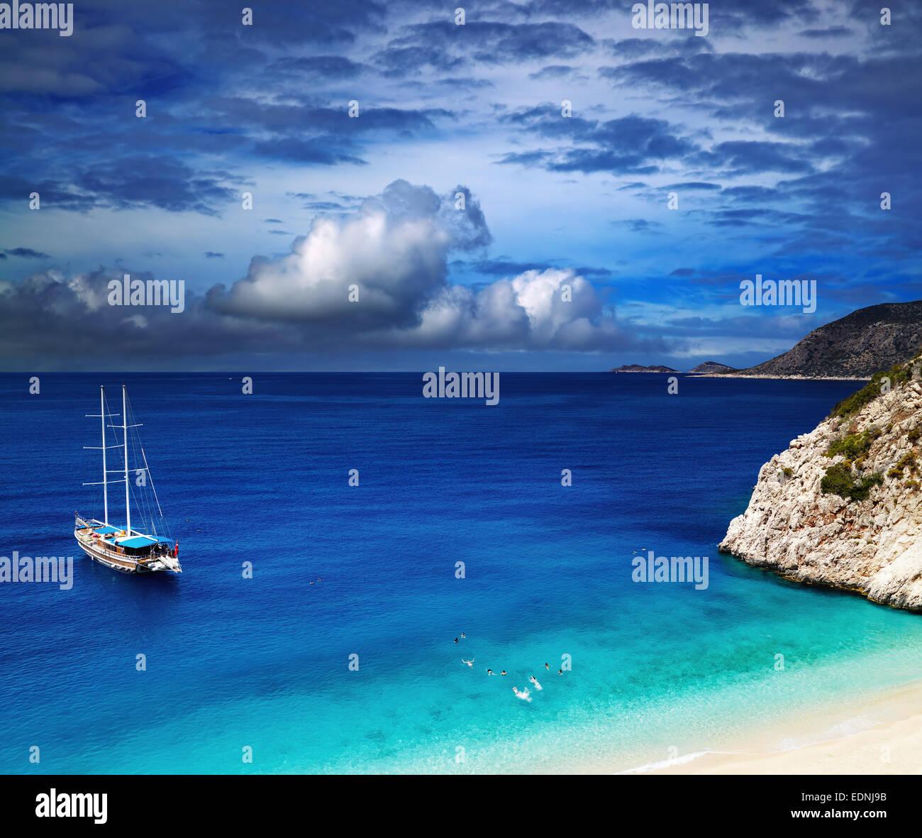 Playa Kaputas, Costa Mediterránea, Turquía Imagen De Stock