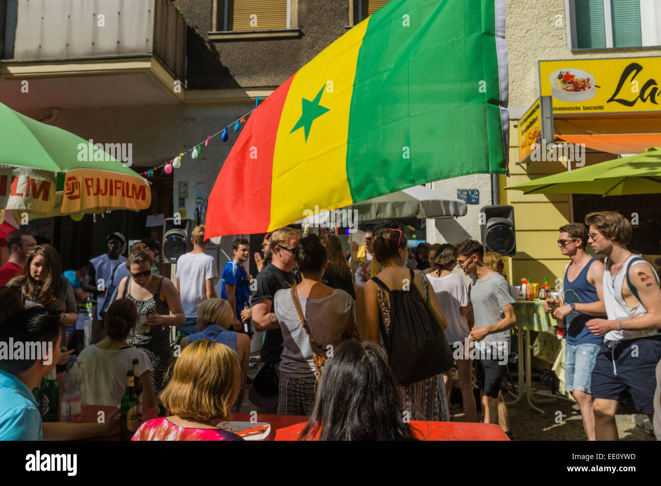 "Desfile anual ""Carnaval de las Culturas"" a través de Kreuzberg, Berlín, Alemania Foto de stock"