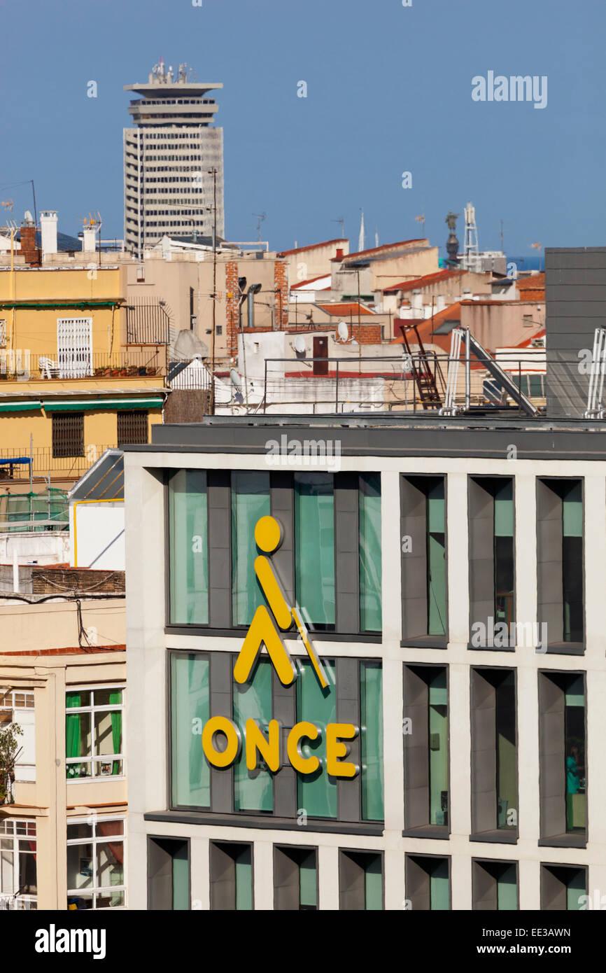 Barcelona, España. Símbolo de UNA VEZ - Organizacion Nacional de Ciegos Españoles - en el bloque Imagen De Stock