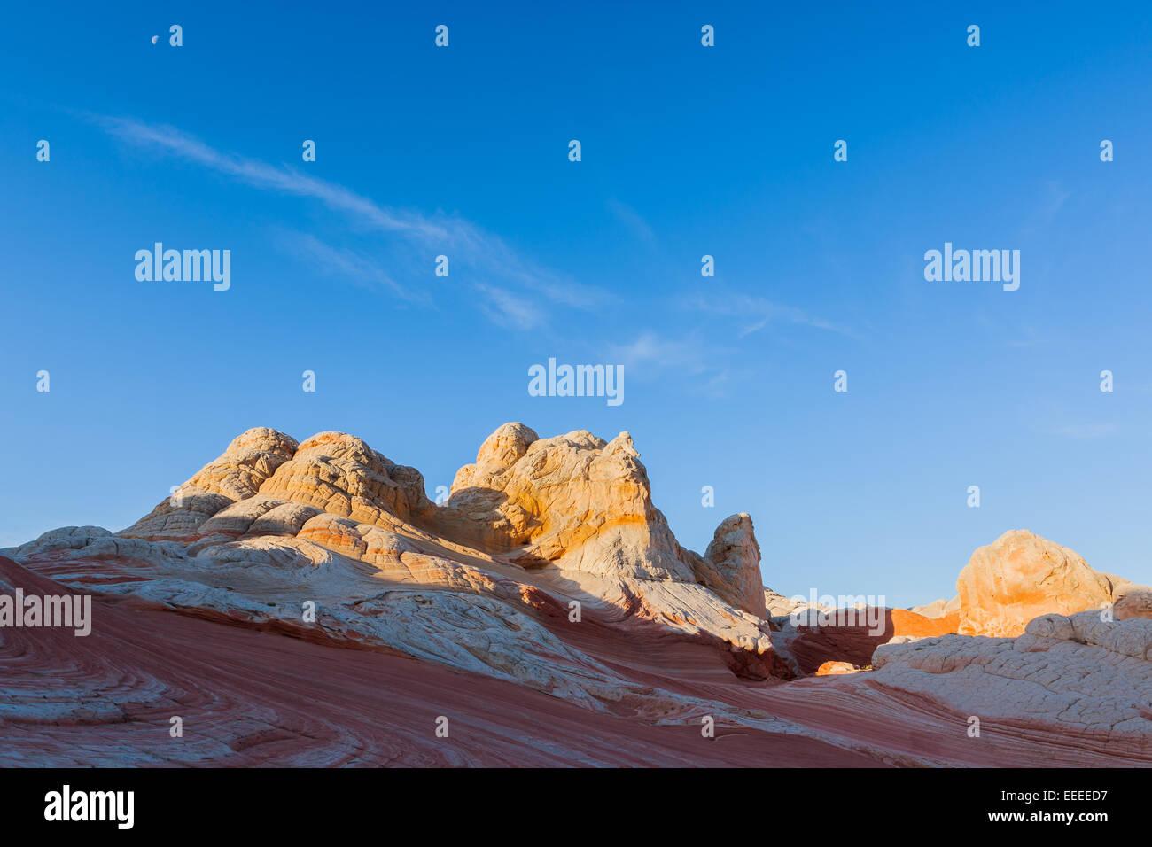 Formaciones rocosas en el bolsillo blanca que es parte del Monumento Nacional Vermilion Cliffs. Imagen De Stock