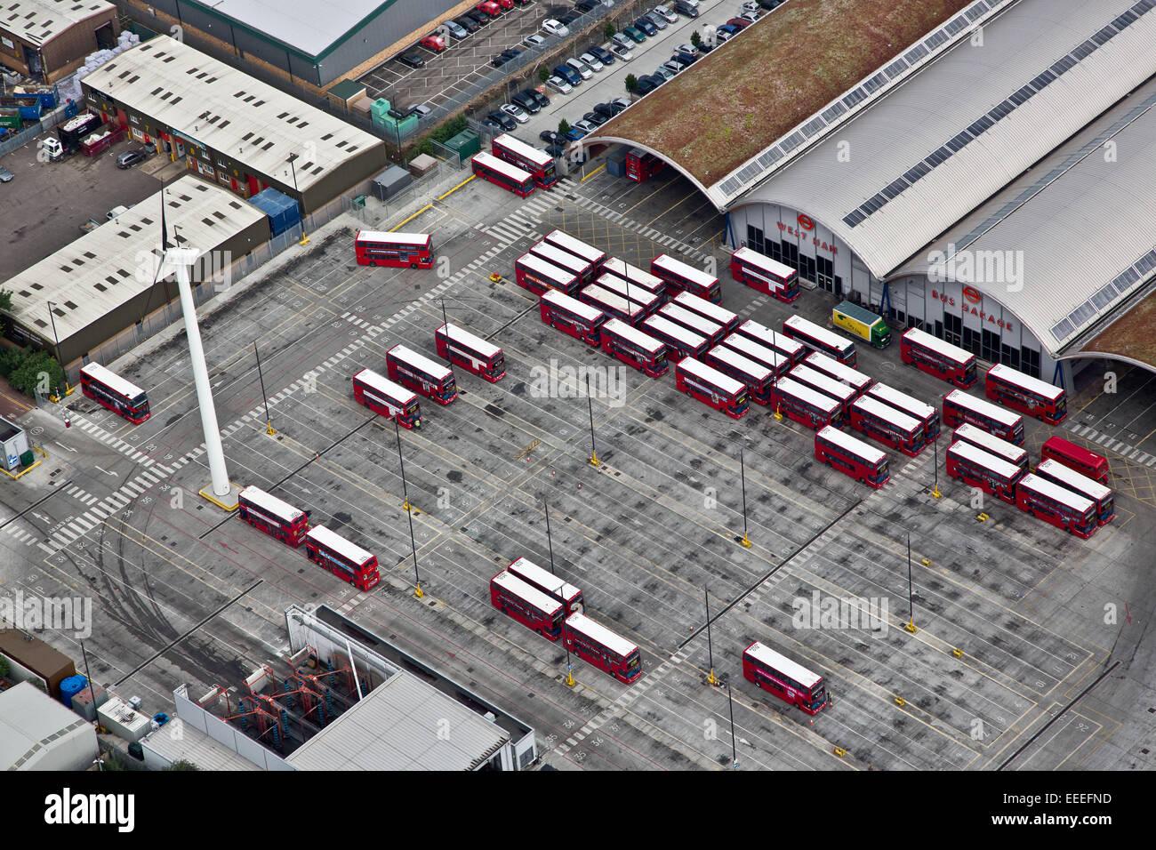 Vista aérea del West Ham garaje de autobuses Foto de stock