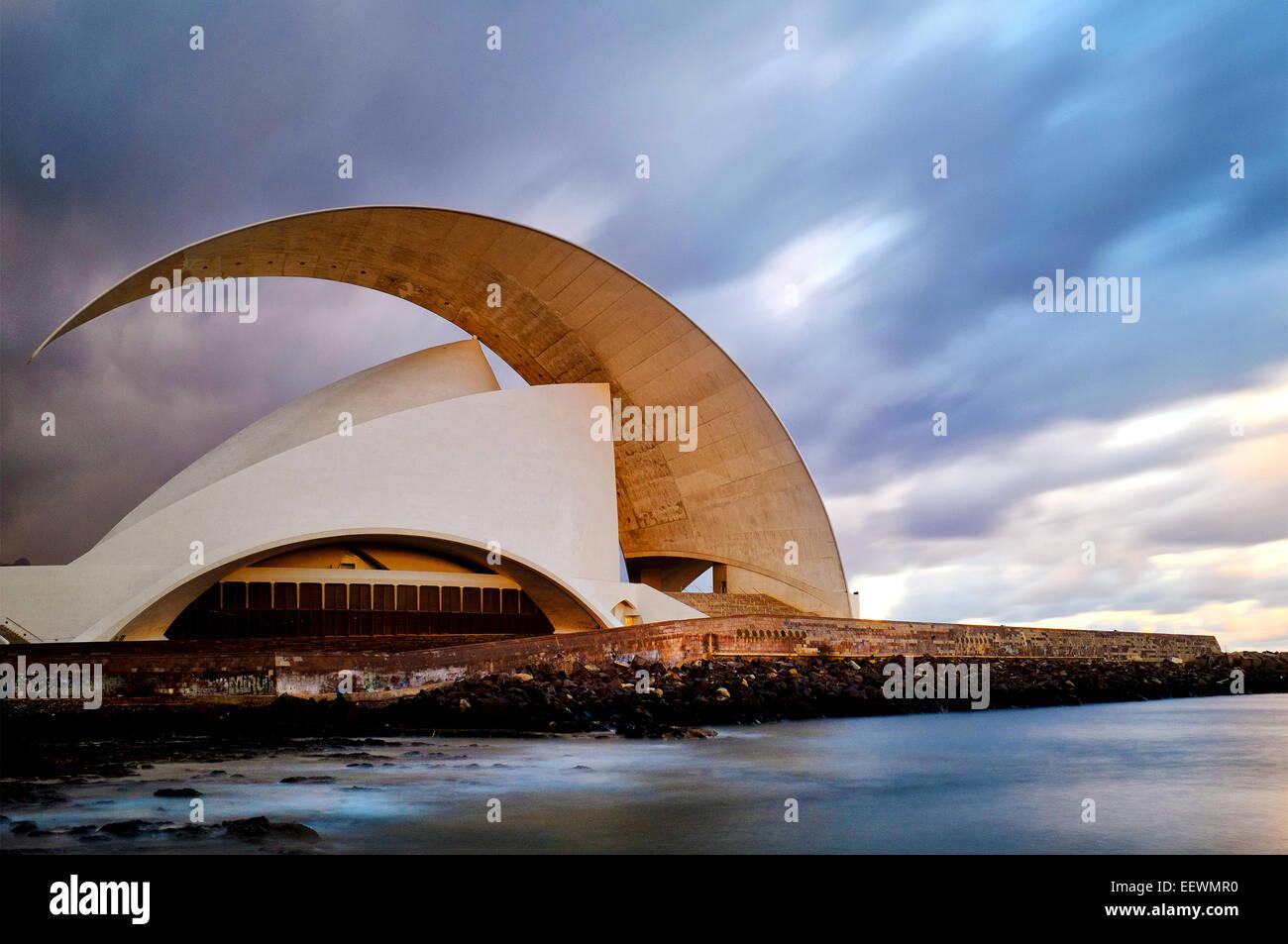 El Auditorio de Tenerife, Santa Cruz de Tenerife, Islas Canarias, España Imagen De Stock