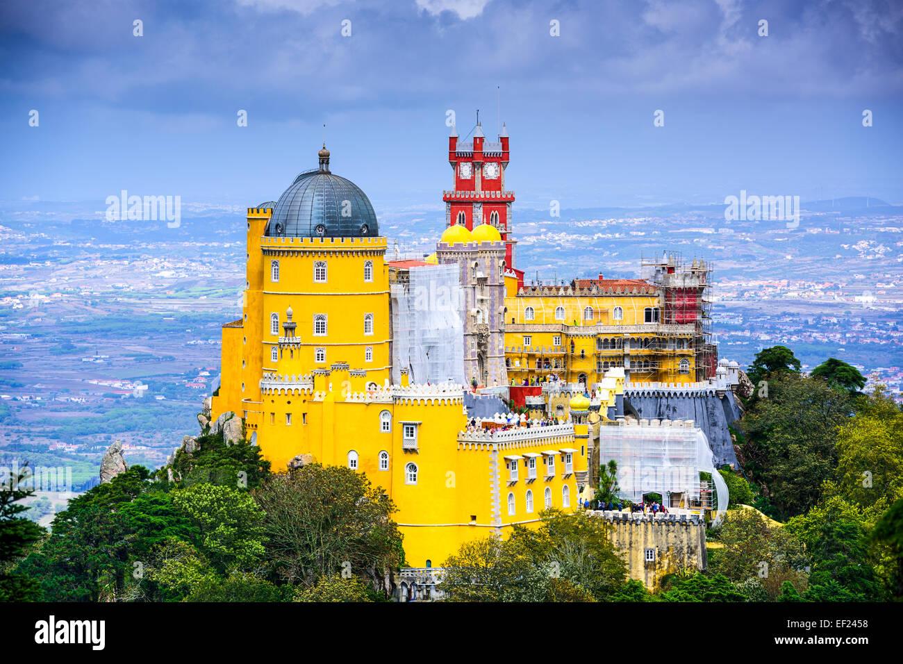Sintra, Portugal, en el Palacio Nacional de la pena Imagen De Stock