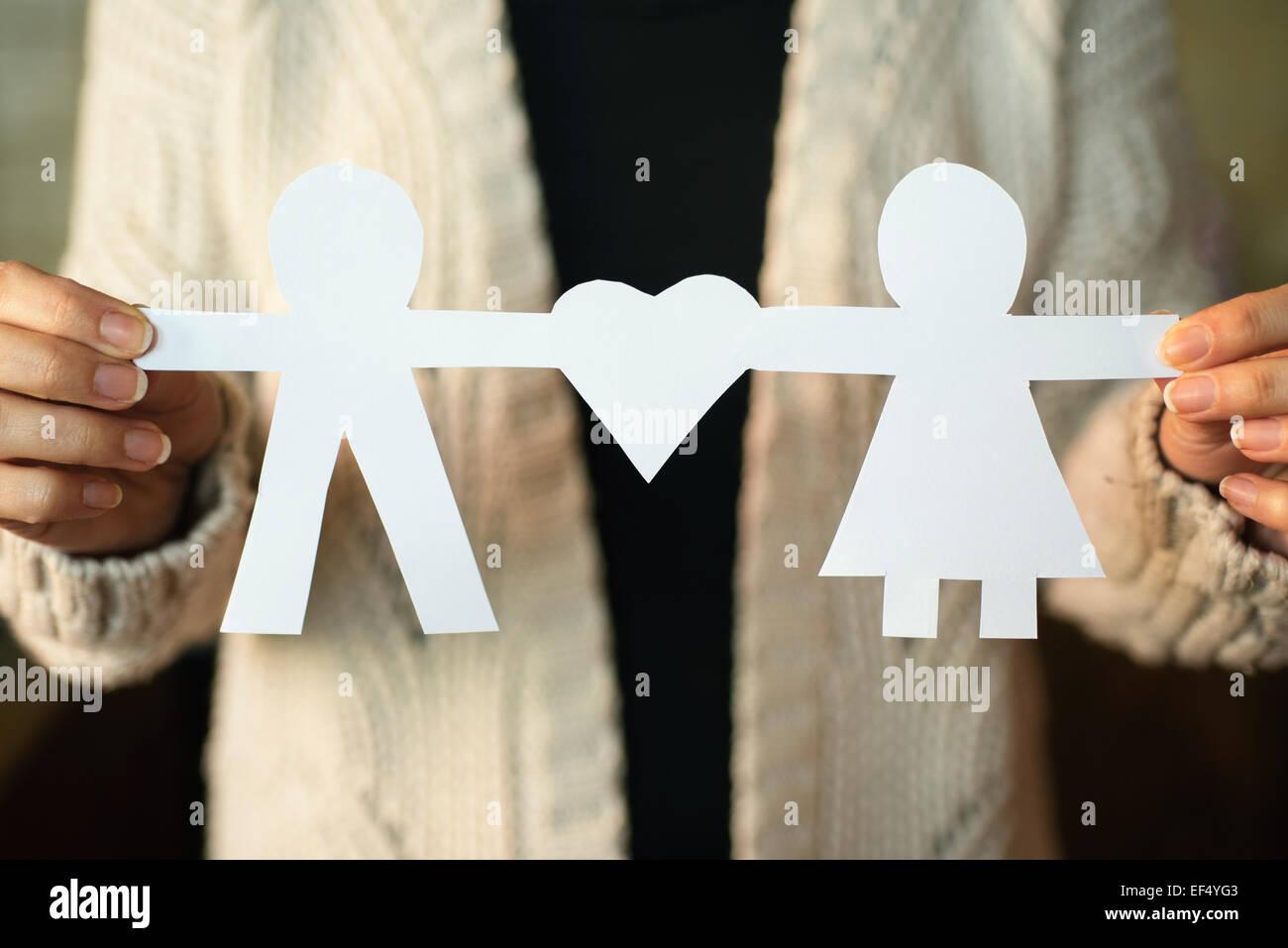 Dos hombres de papel con forma de corazón Imagen De Stock