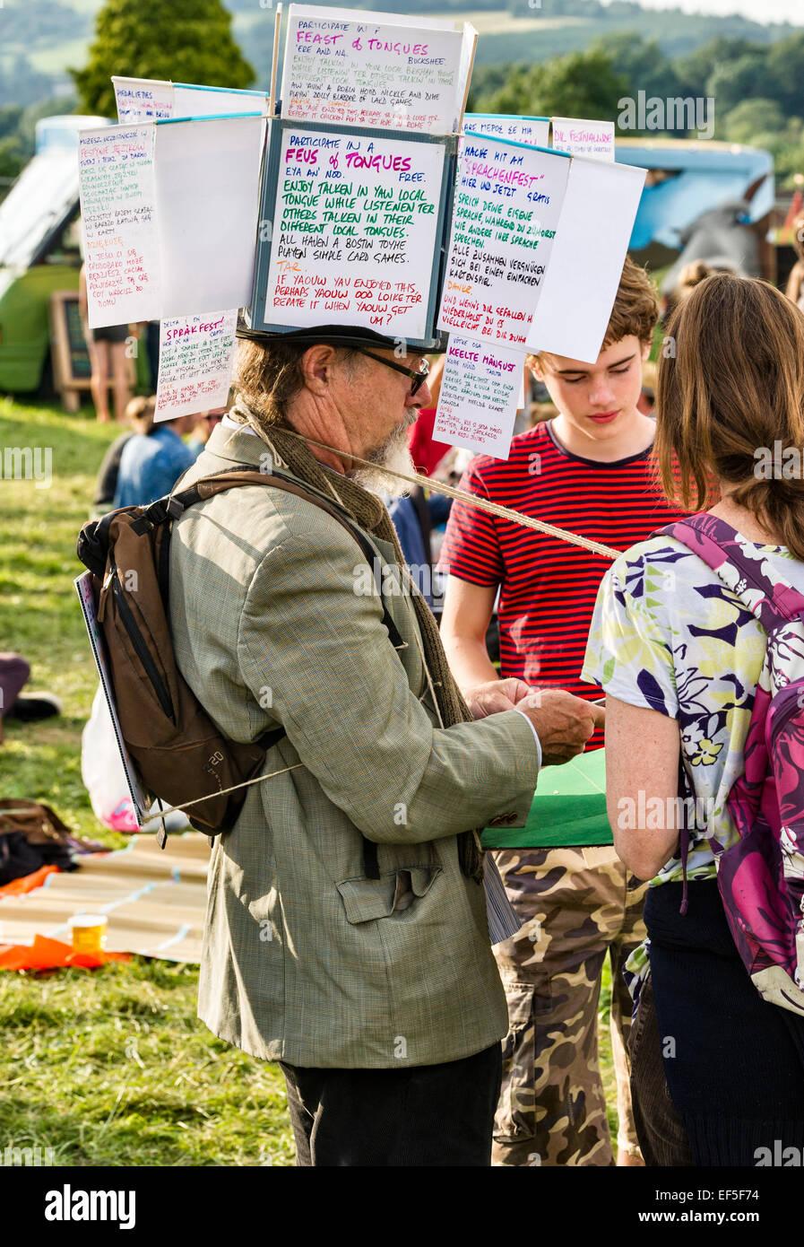 Un artista en el Festival de Música de ovejas Presteigne, Powys, Reino Unido Imagen De Stock
