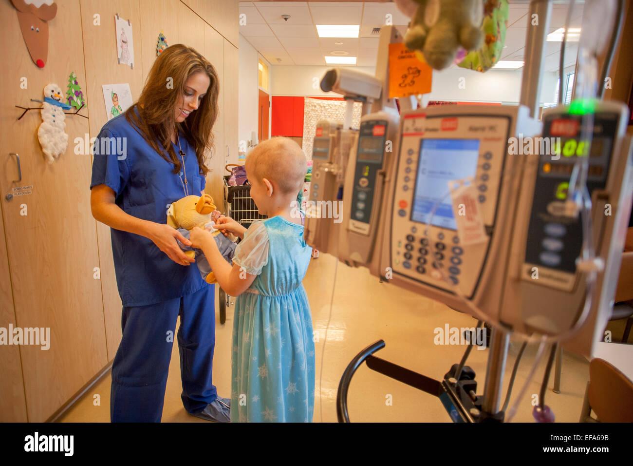 Un especialista en vida infantil CHOC Children\'s Hospital en Orange ...