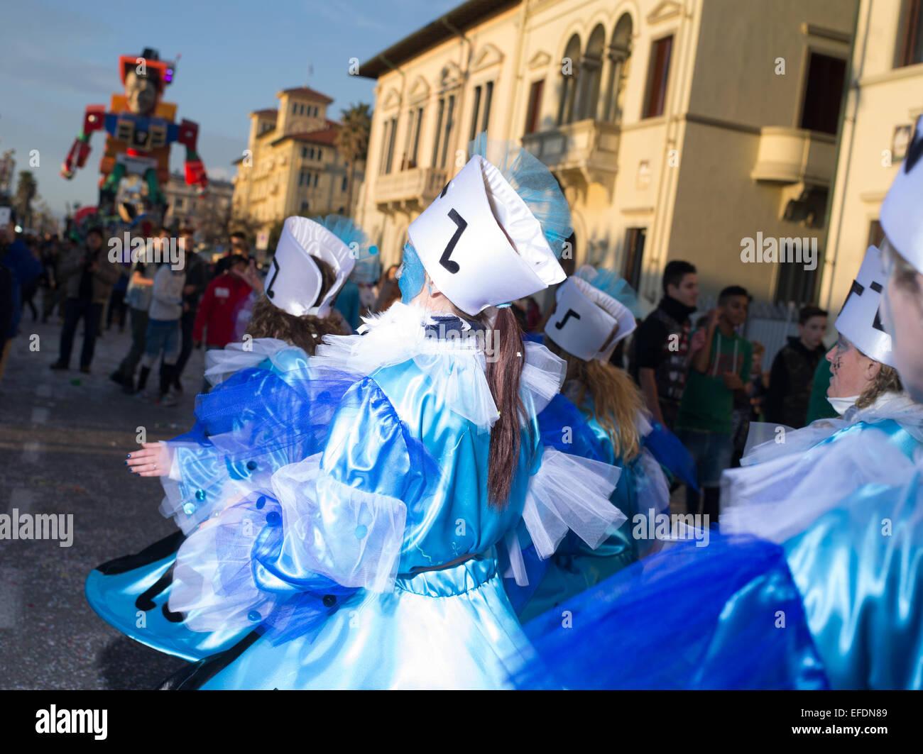 VIAREGGIO, Italia: FEB.2015 : primera carrozas desfilan en el 2015's Carnaval de Viareggio en el 1 de febrero Imagen De Stock