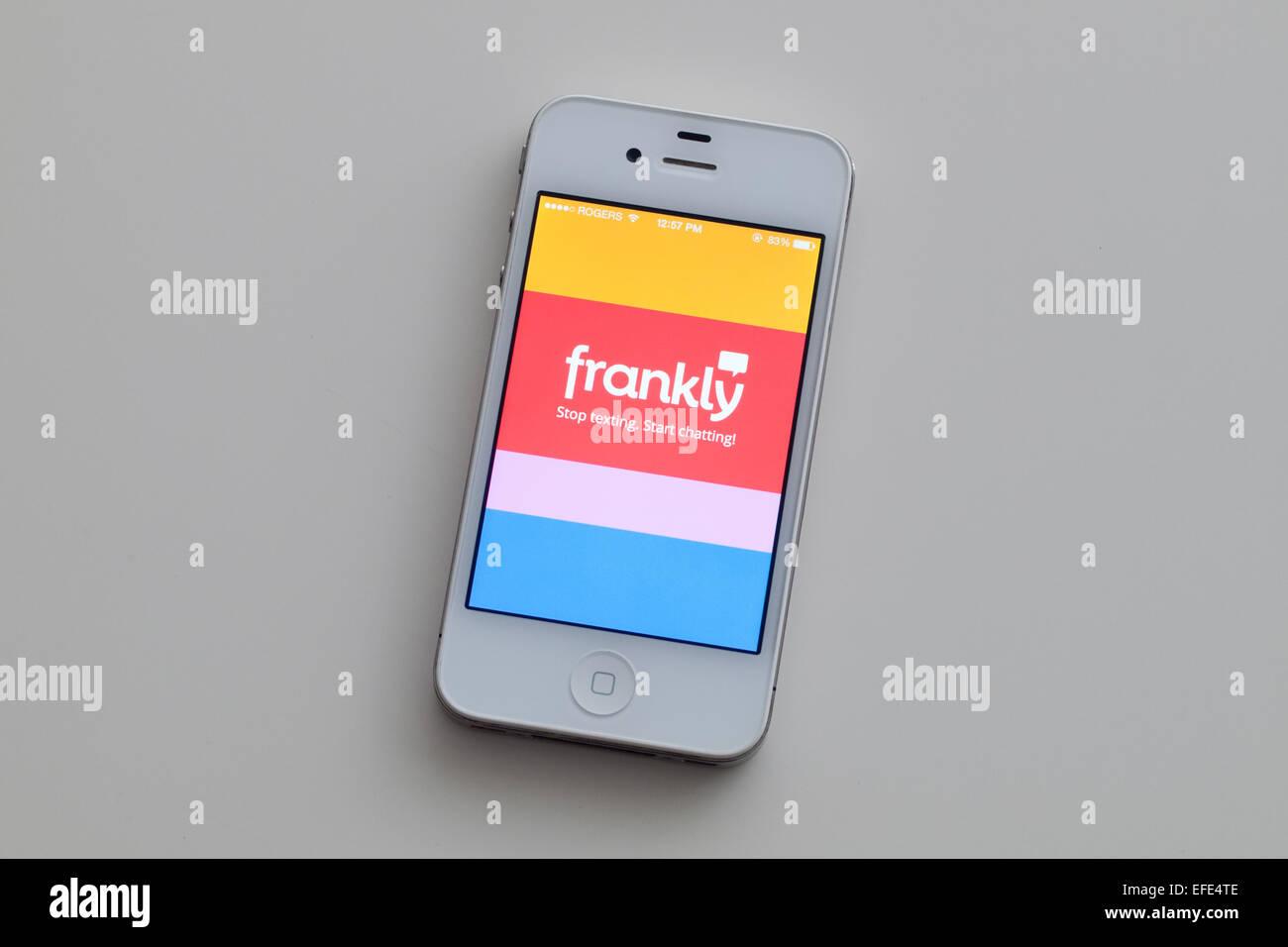 Una vista de la pantalla de inicio del chat francamente en un Apple iPhone app 4. Imagen De Stock