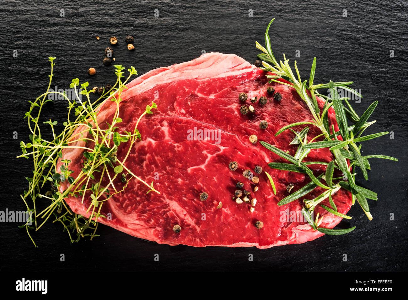 Carne cruda pura carne de res estadounidense bistec bistec arco comer animales alimentos carne rebanada de asar Imagen De Stock