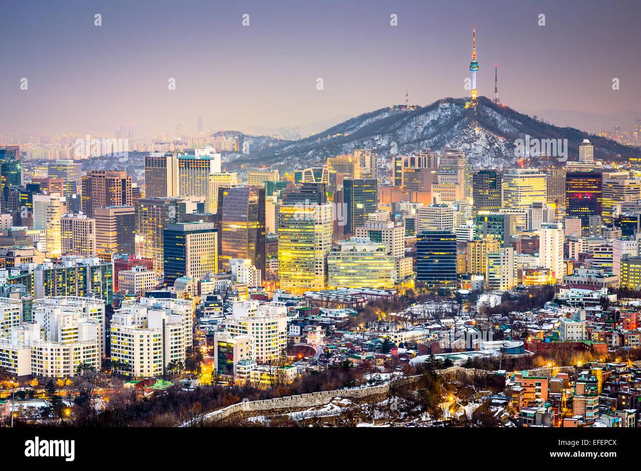 Seúl, Corea del Sur, el horizonte de la ciudad. Imagen De Stock
