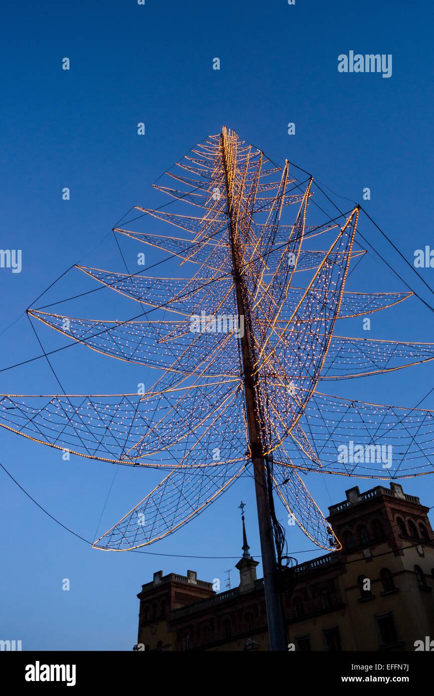 X-mas tree en frente de la Catedral de León, España Imagen De Stock