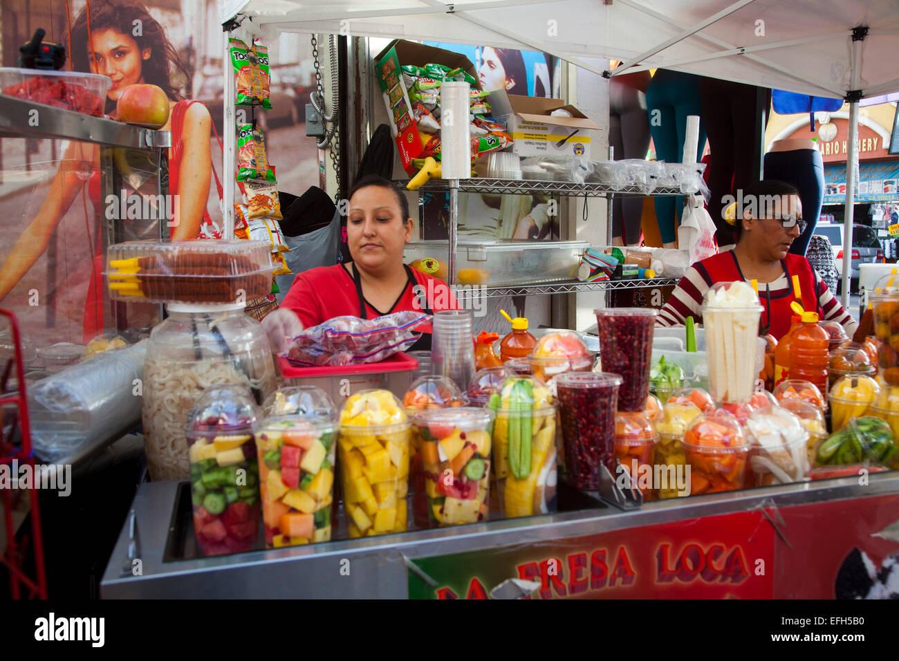 Santee Alley, la zona de moda, Los Angeles, California, Estados Unidos de América Foto de stock