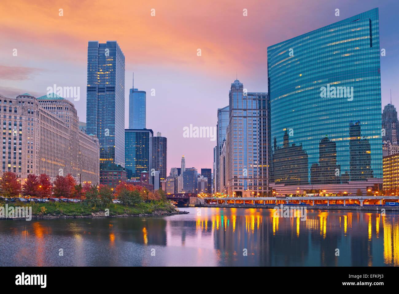 Chicago. Imagen de la ciudad de Chicago durante la puesta de sol. Imagen De Stock