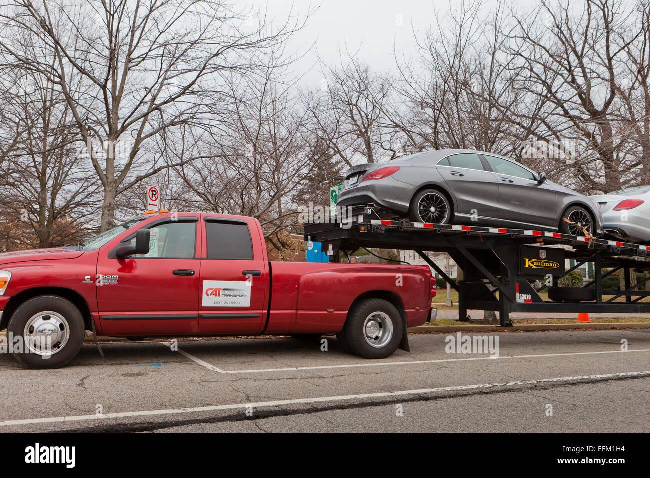 Pickup Car Imágenes De Stock & Pickup Car Fotos De Stock - Alamy