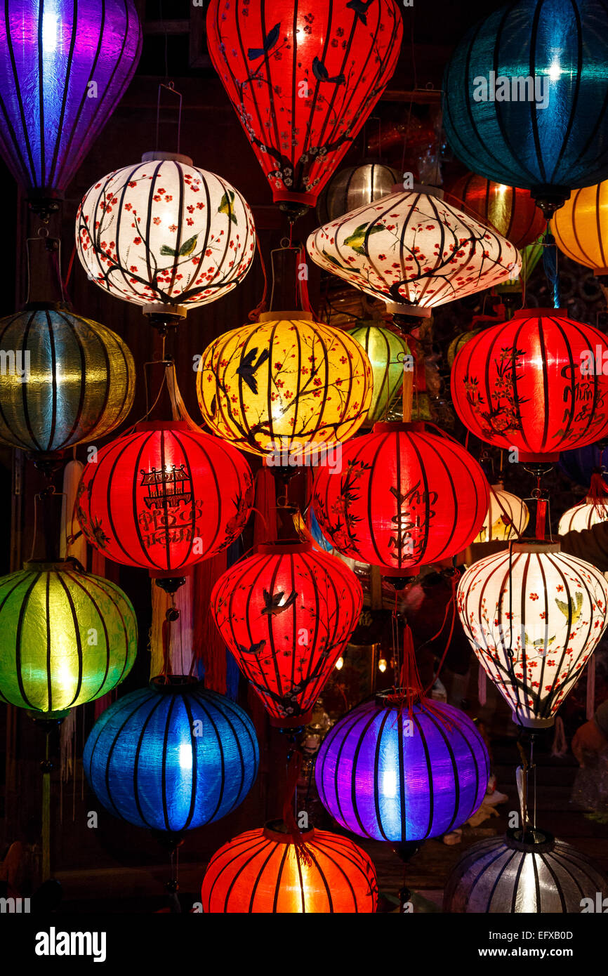 Linternas de seda tradicional, Hoi An, Vietnam. Foto de stock