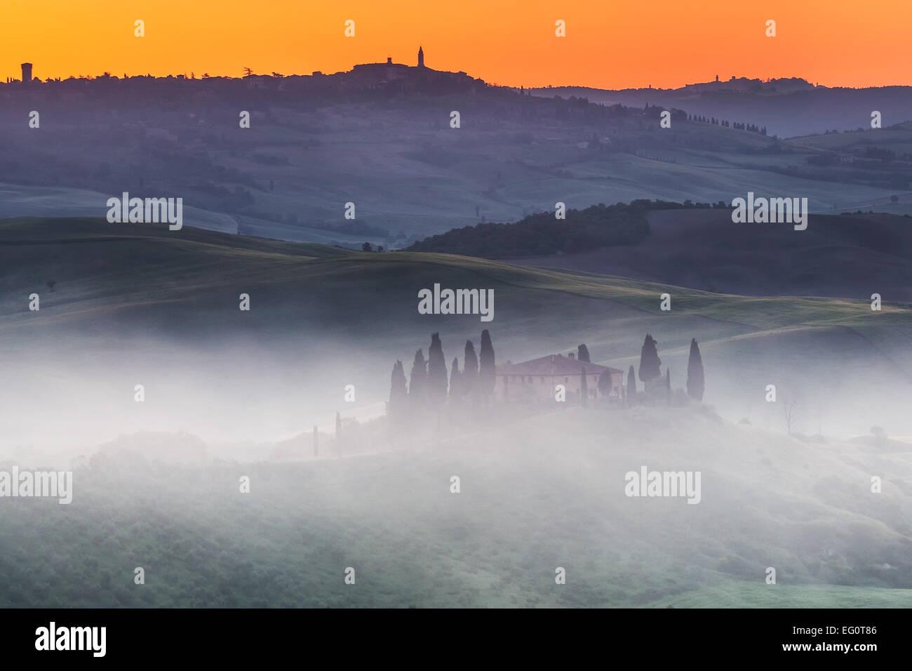 Amanecer de Tuscany Imagen De Stock