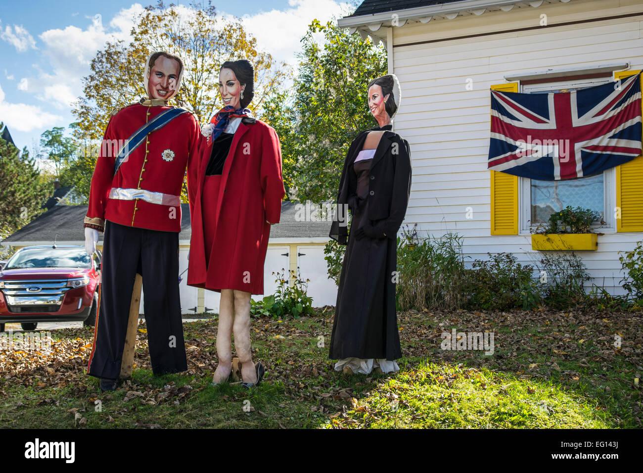 MAHONE Bay, Canadá - 9 de octubre: figuras de la familia real británica en el festival anual de espantapájaros. Foto de stock