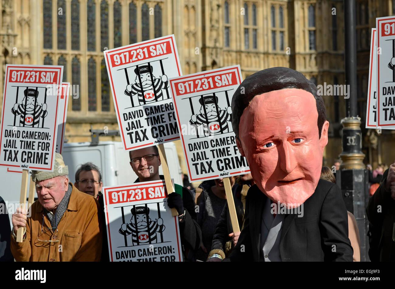 Londres, Reino Unido. 25 de febrero de 2015. Manifestación organizada por AVAAZ (El mundo en acción) en Imagen De Stock