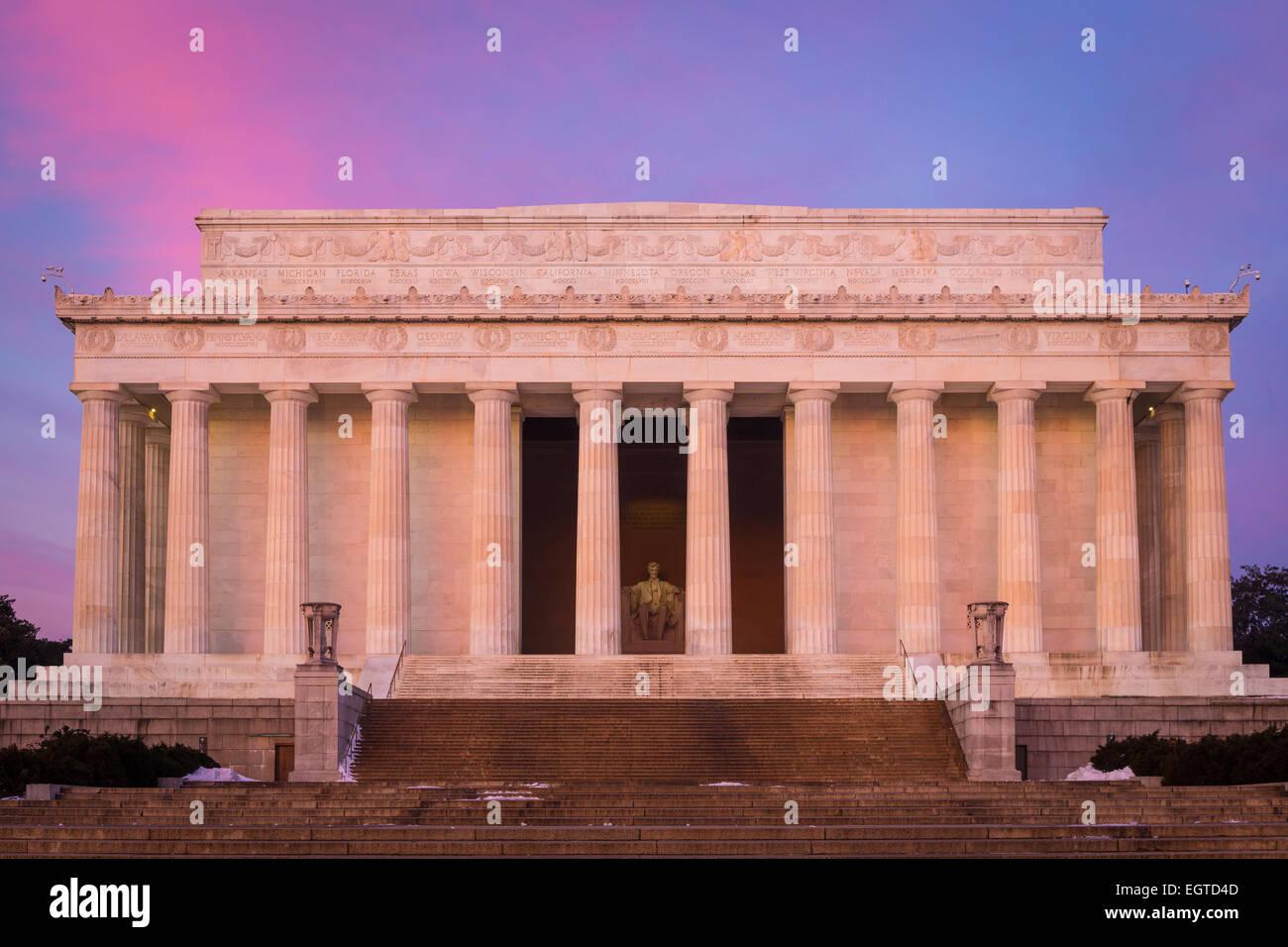 El Lincoln Memorial es un American Memorial construido en honor al 16º Presidente de los Estados Unidos, Abraham Imagen De Stock