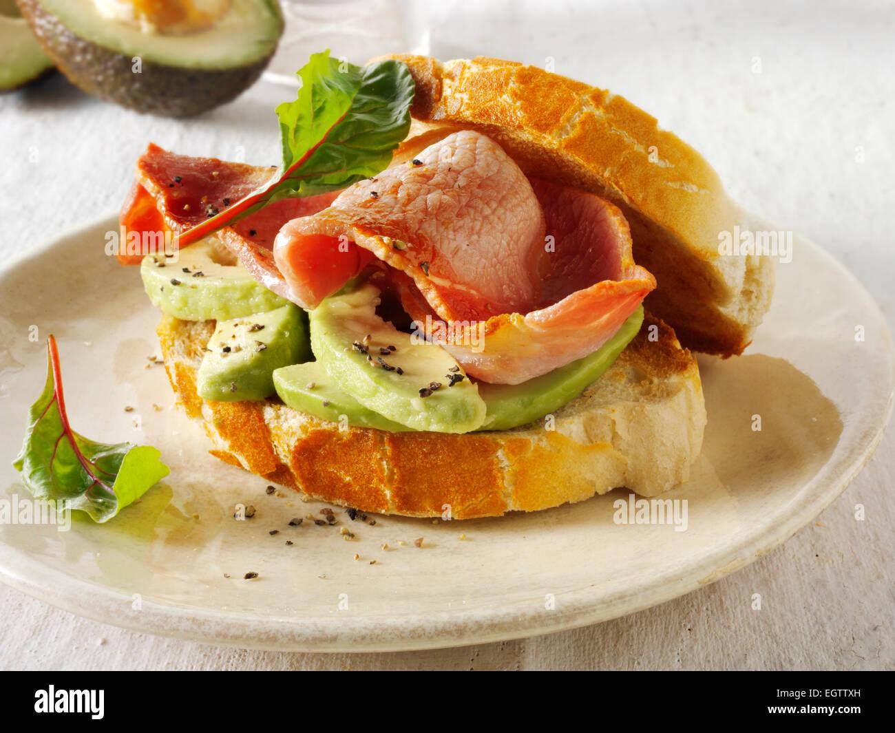 Bacon y sándwich avacado Imagen De Stock