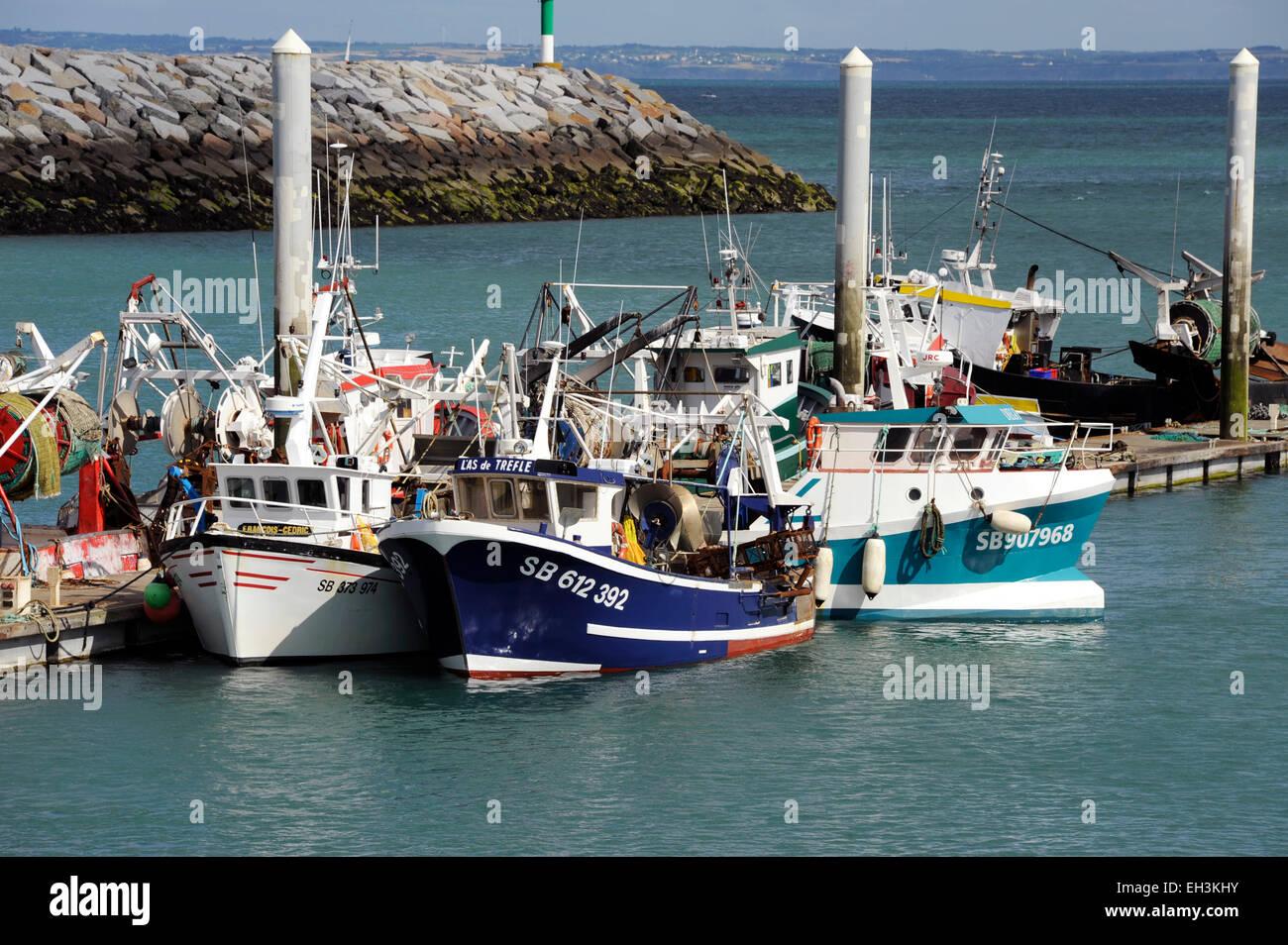 Saint-Quay-portrieux puerto pesquero,Cotes d'Armor, Bretaña, Bretaña, Francia Imagen De Stock