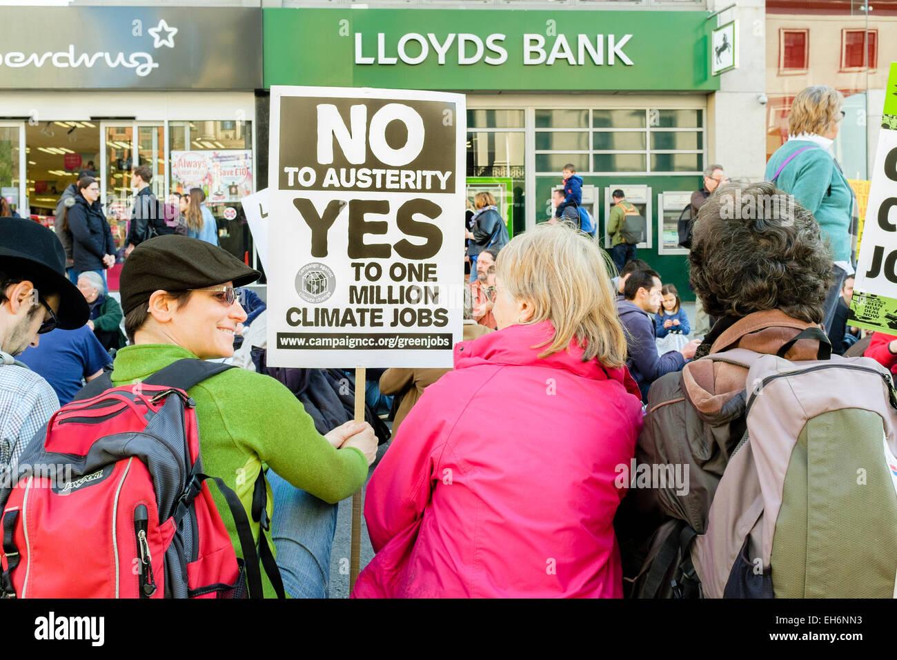 """Londres, Reino Unido. 7 de marzo de 2015, """"la hora de la acción"""" el cambio climático marzo. Imagen De Stock"""