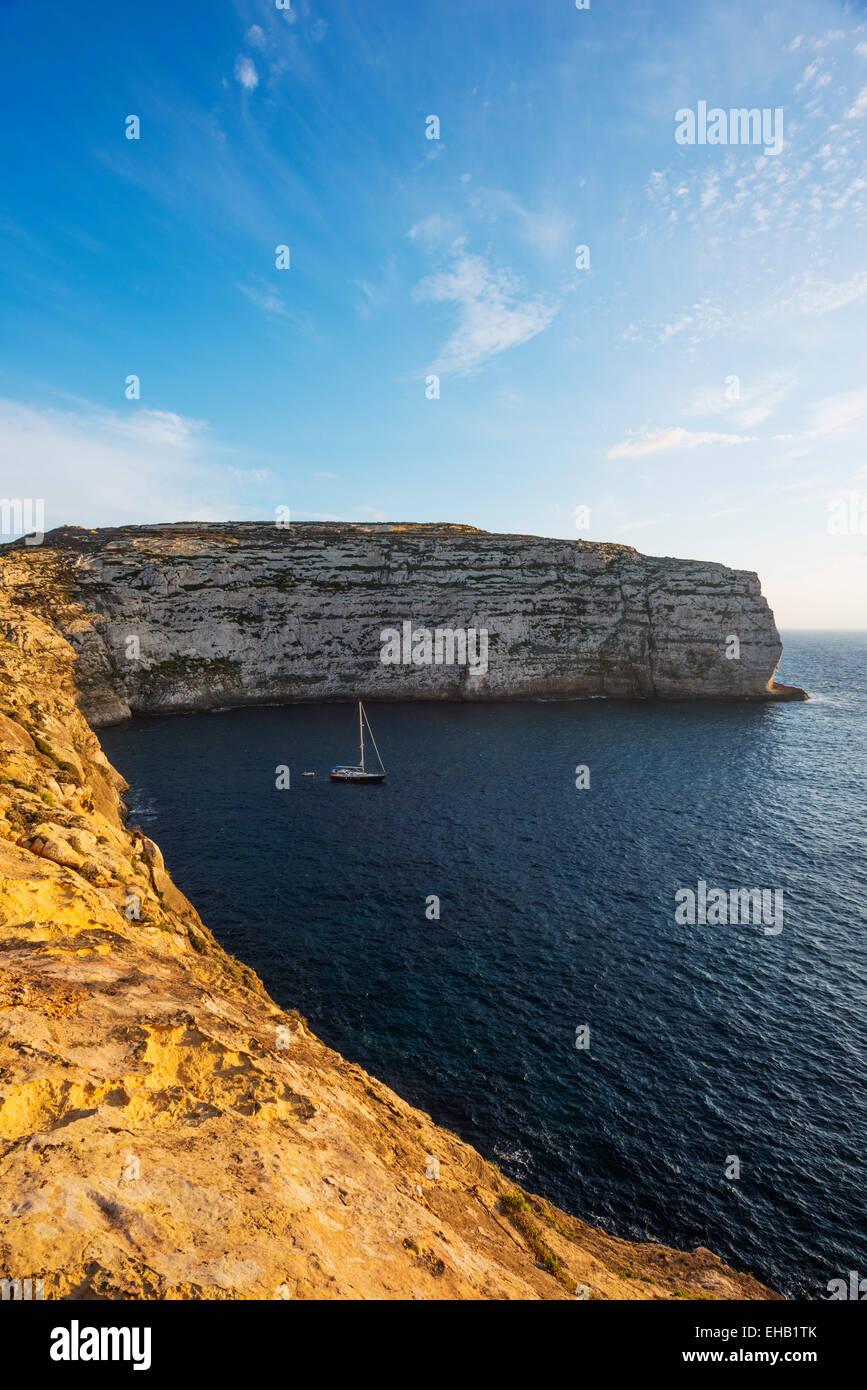 La Europa del Mediterráneo, Malta, Gozo, Isla Dwerja Bay Imagen De Stock