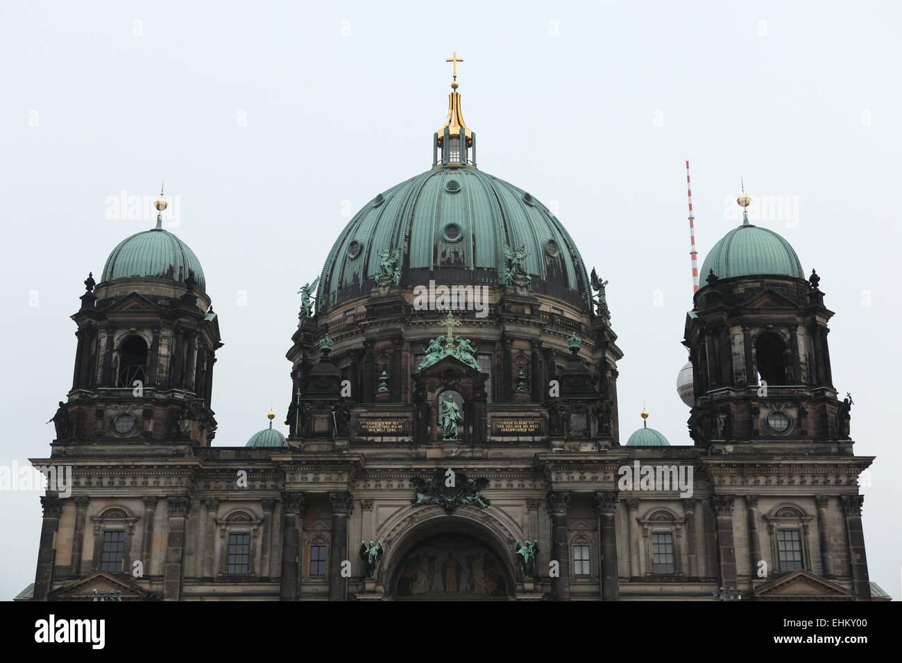 La Catedral de Berlín (Berliner Dom) en la Isla de los museos en Berlín, Alemania. Imagen De Stock