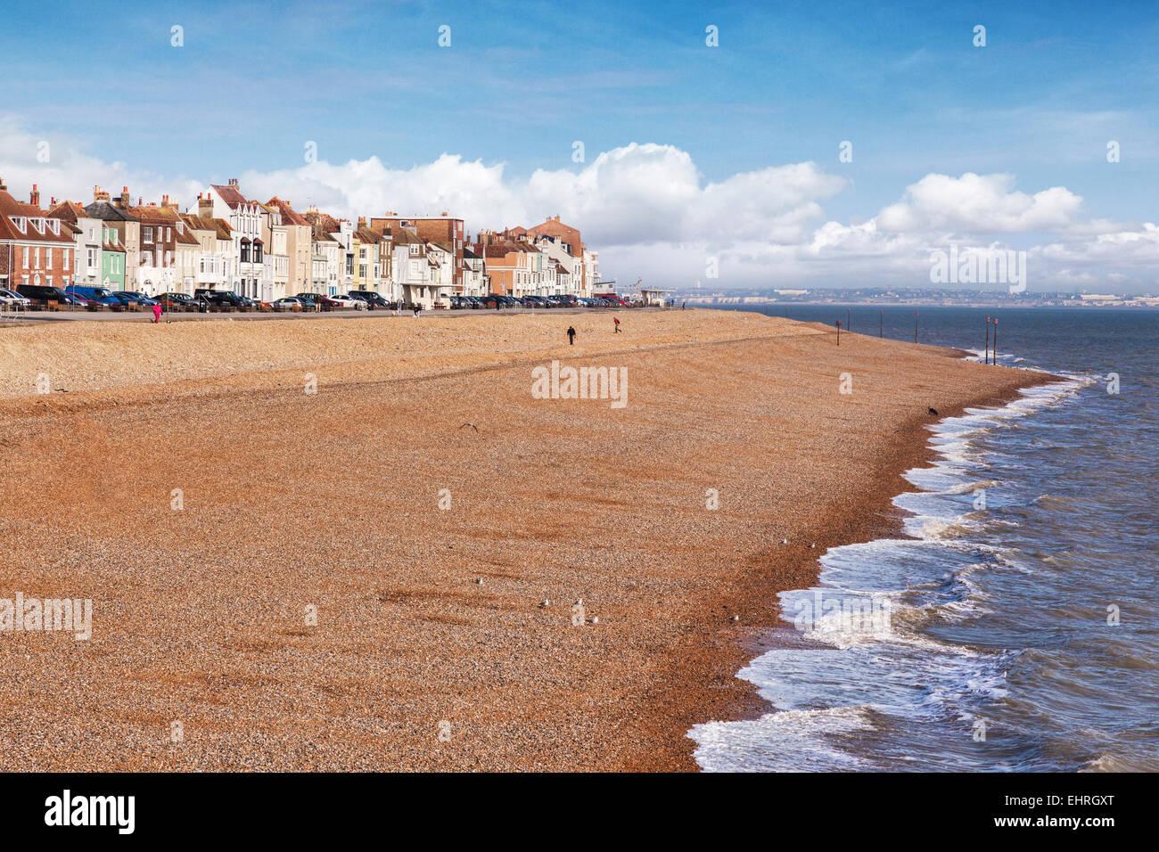 La playa en frente, Kent, Inglaterra, Reino Unido. Imagen De Stock