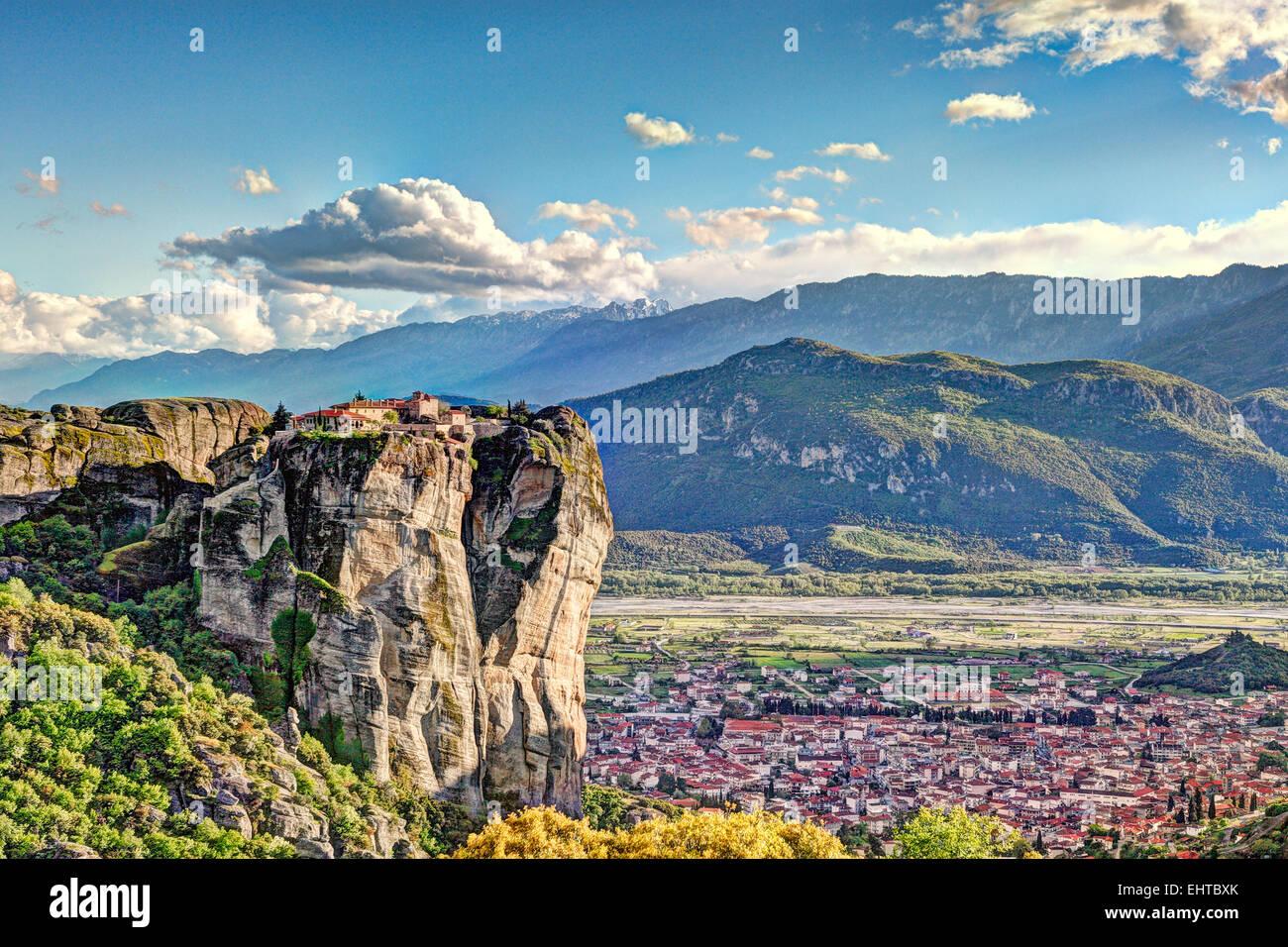 Monasterio de la Santísima Trinidad o el Monasterio de Agia Triada en el complejo de monasterios Meteora en Imagen De Stock
