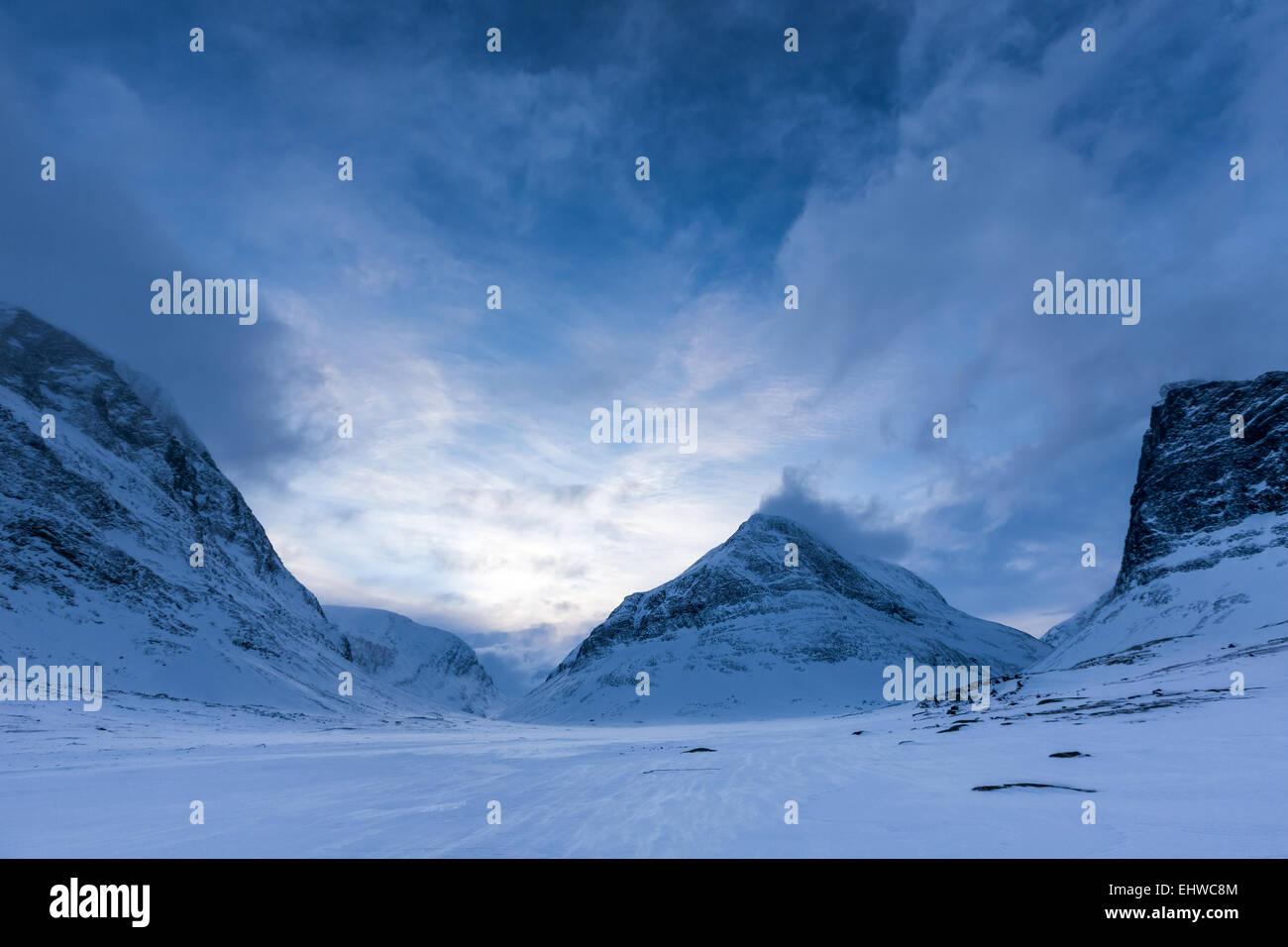 Por la noche, en zona de montaña Kebnekaise, Kiruna, Suecia, Europa, UE Imagen De Stock