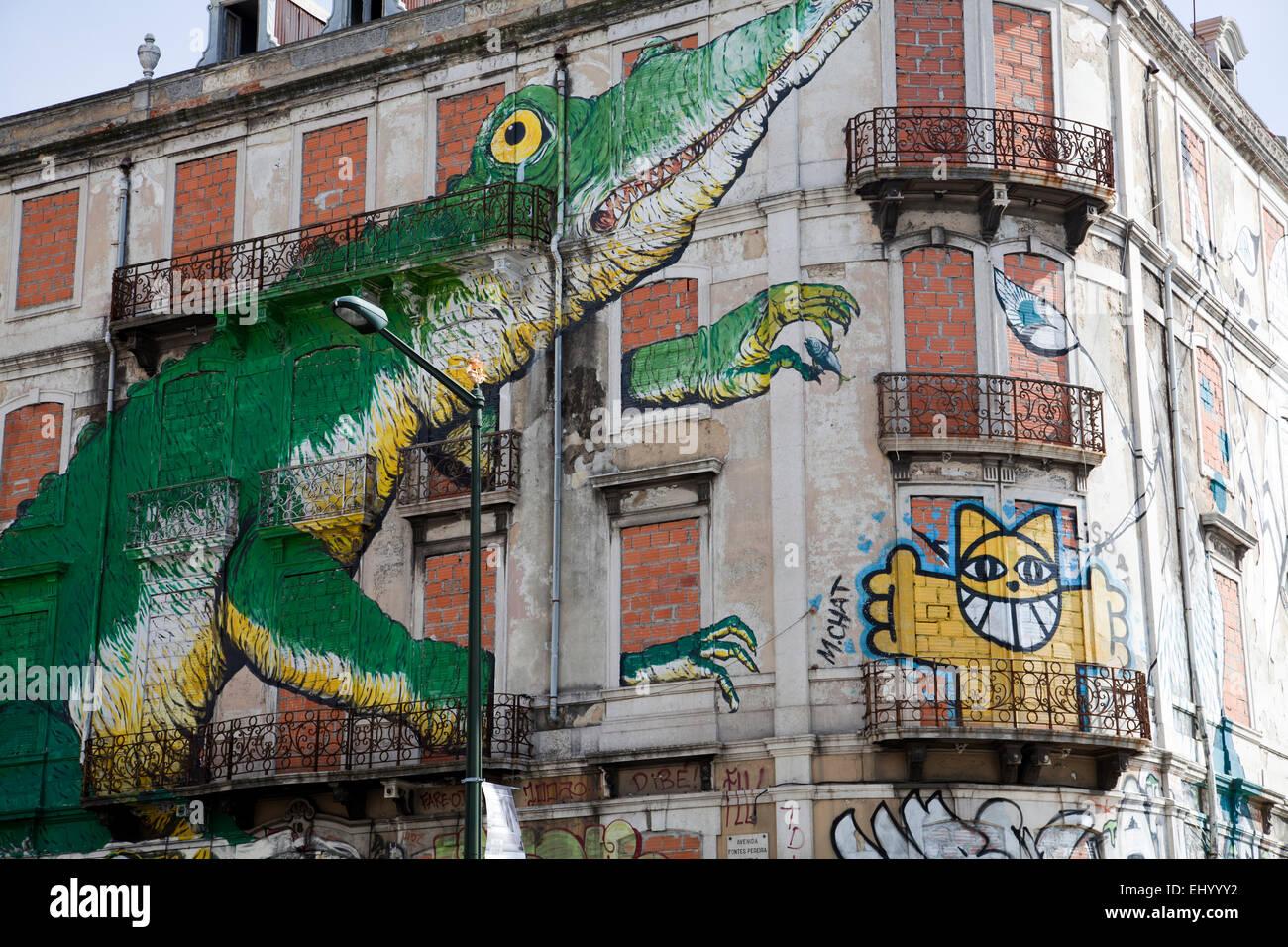 Murales De Lisboa Imagenes De Stock Murales De Lisboa Fotos De